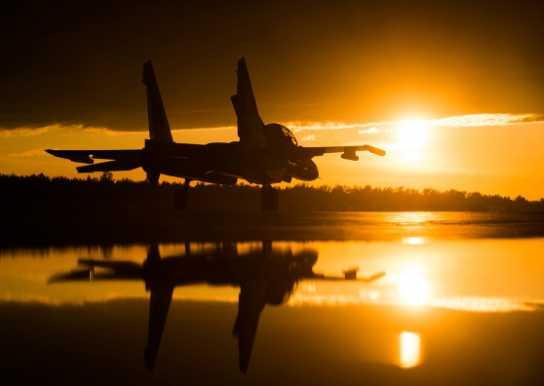 «Μυστήριο» με τη ρωσική Sukhoi: Αναπτύσσει νέο ελαφρύ stealth μαχητικό;