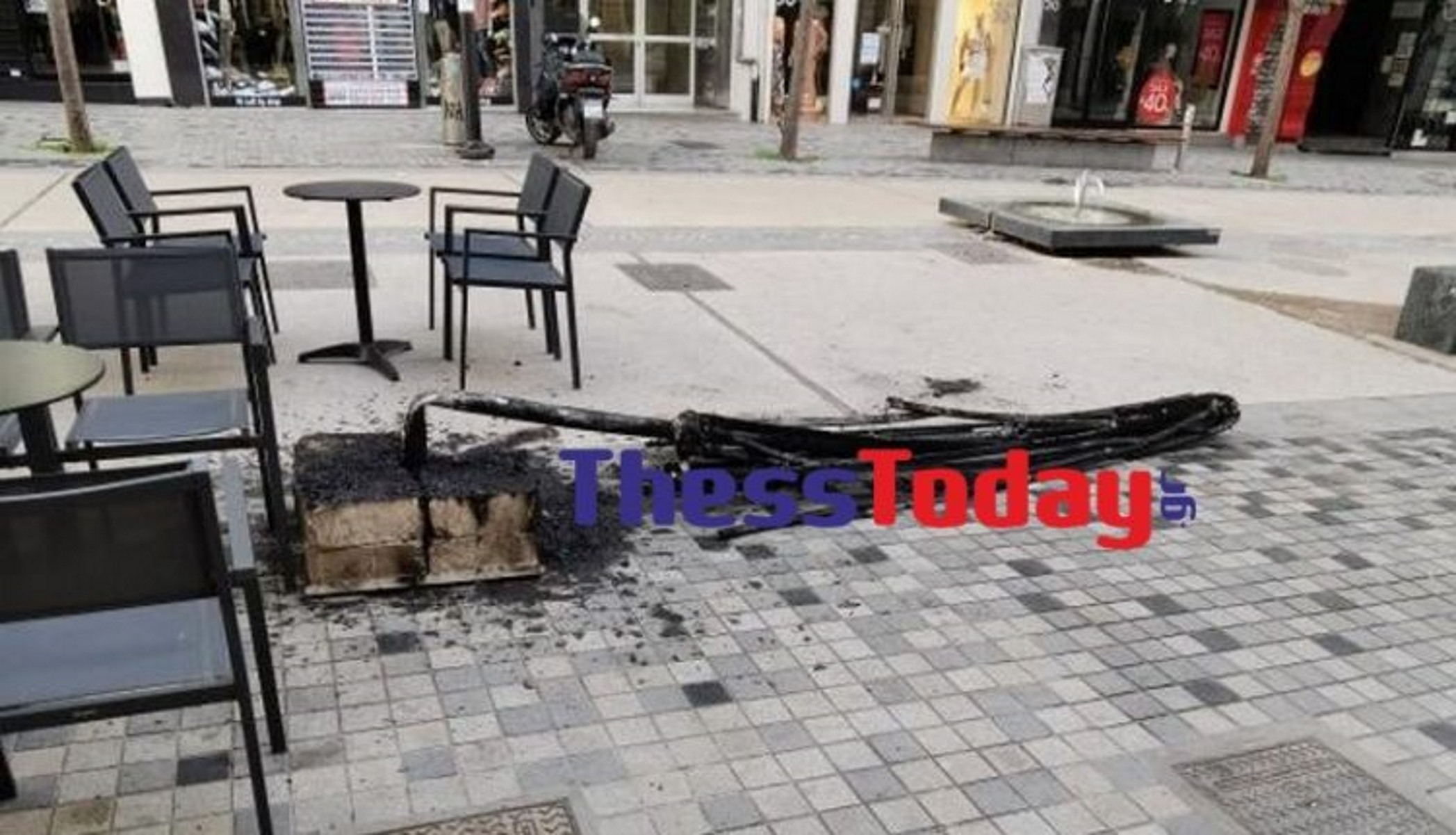Θεσσαλονίκη: Εμπρηστική επίθεση σε καφετέρια – Σοκαρισμένο το προσωπικό (pics)