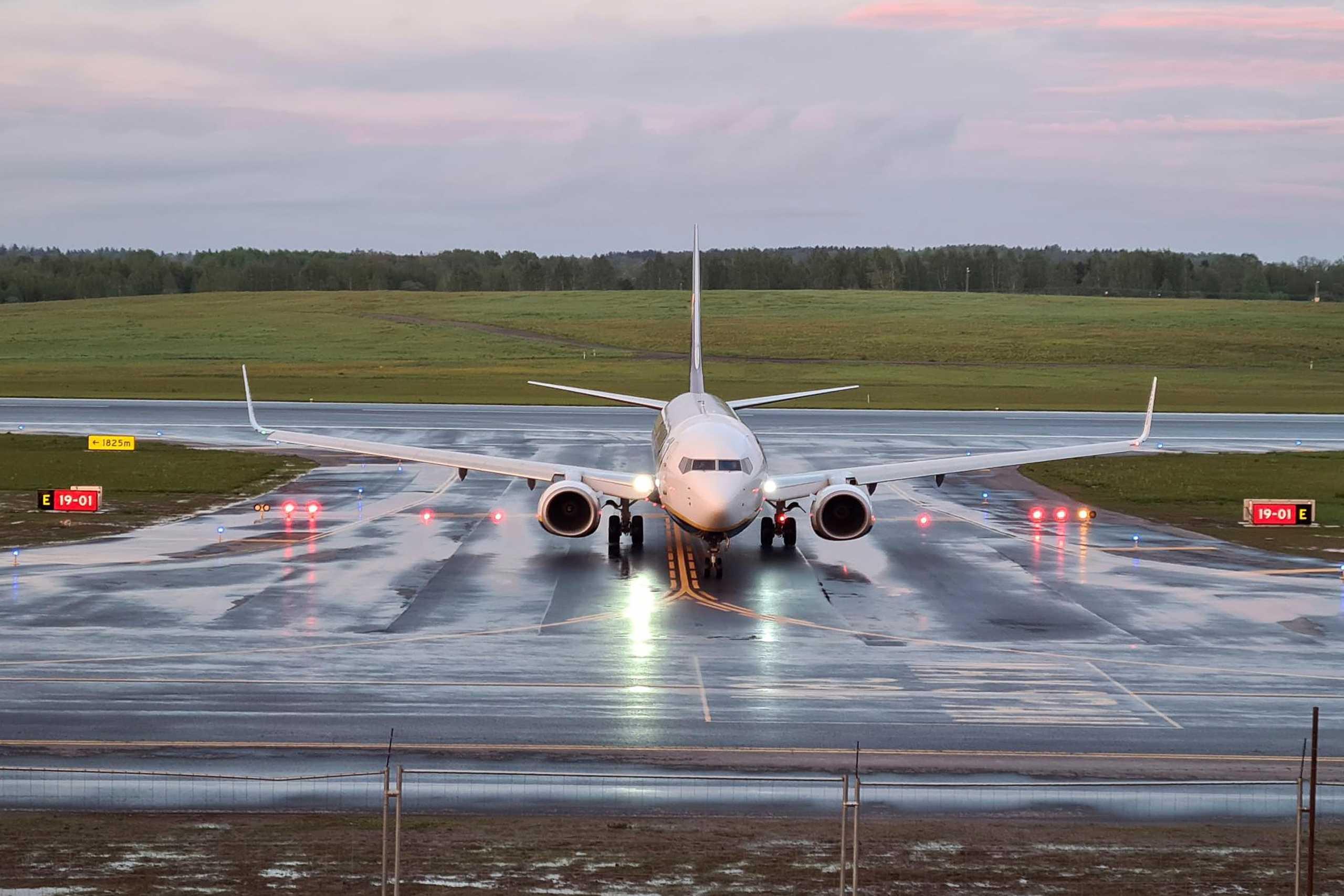 H Πολωνία θέλει να έχει πρόσβαση στα μαύρα κουτιά του αεροσκάφους της Ryanair