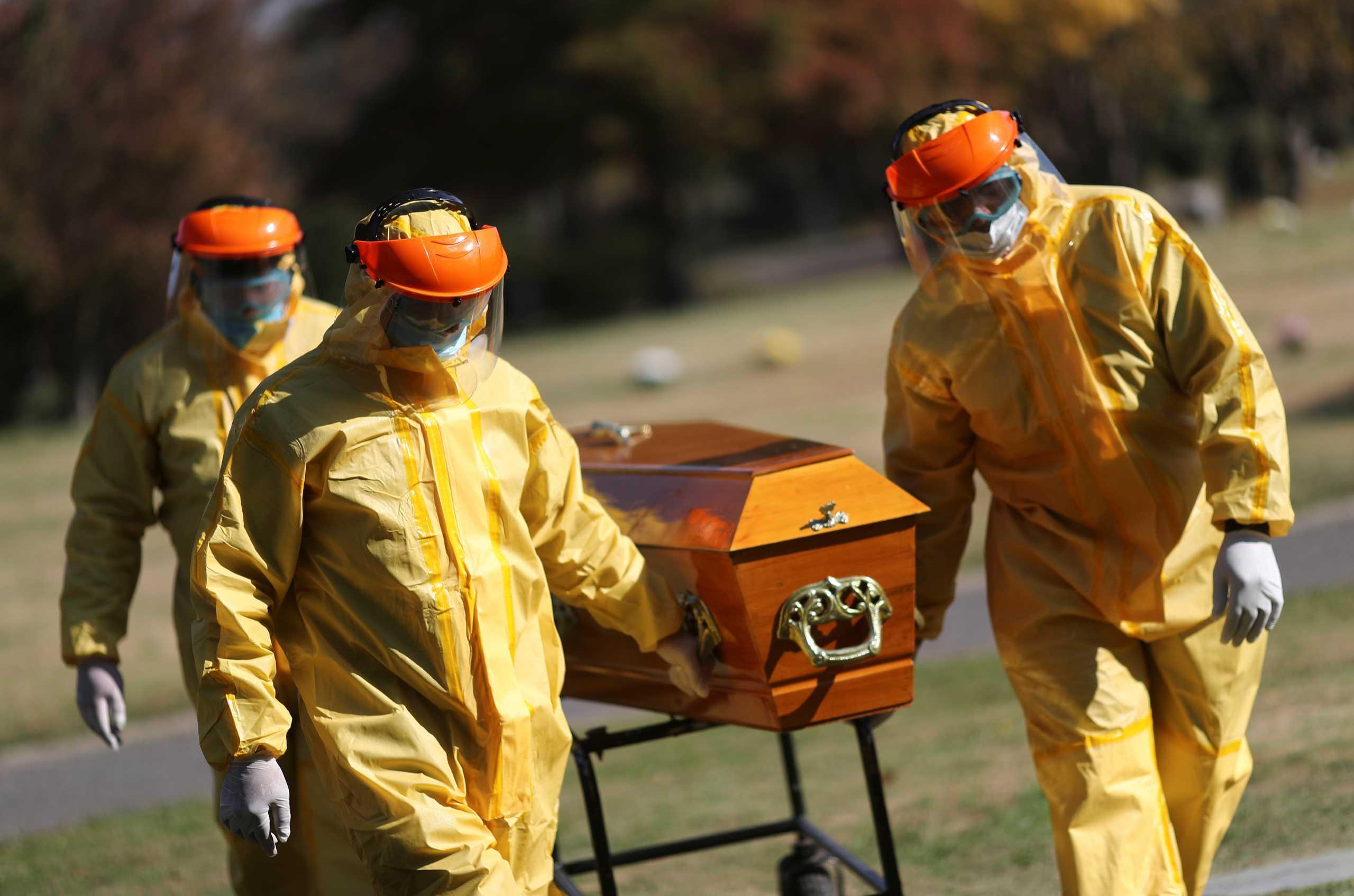 Αργεντινή: Ξεφεύγει η κατάσταση – 417 νεκροί από κορονοϊό και 22.651 κρούσματα την τελευταία μέρα