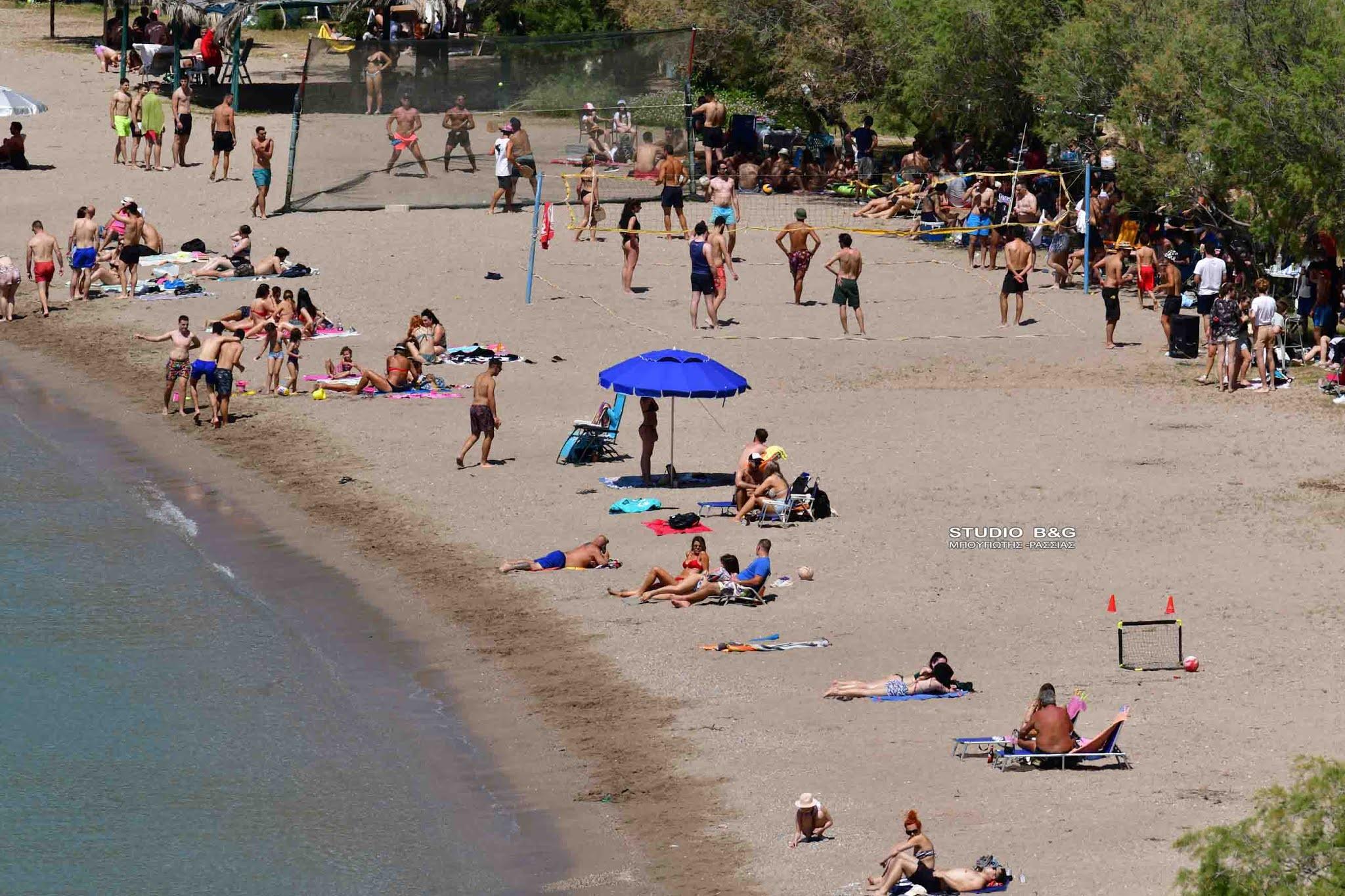 Αργολίδα: Κοσμοπλημμύρα σε παραλία του Ναυπλίου – Εικόνες που θυμίζουν καλοκαίρι