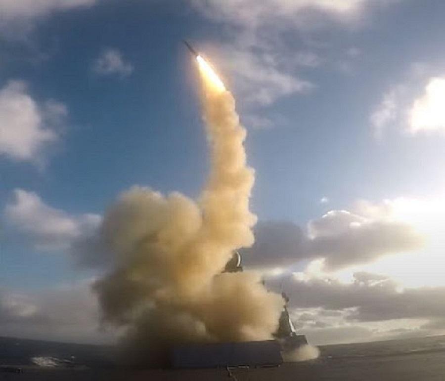 Aster 30: Καρέ καρέ υπερηχητική αναχαίτιση από πανίσχυρο γαλλικό πύραυλο φρεγάτας (video)