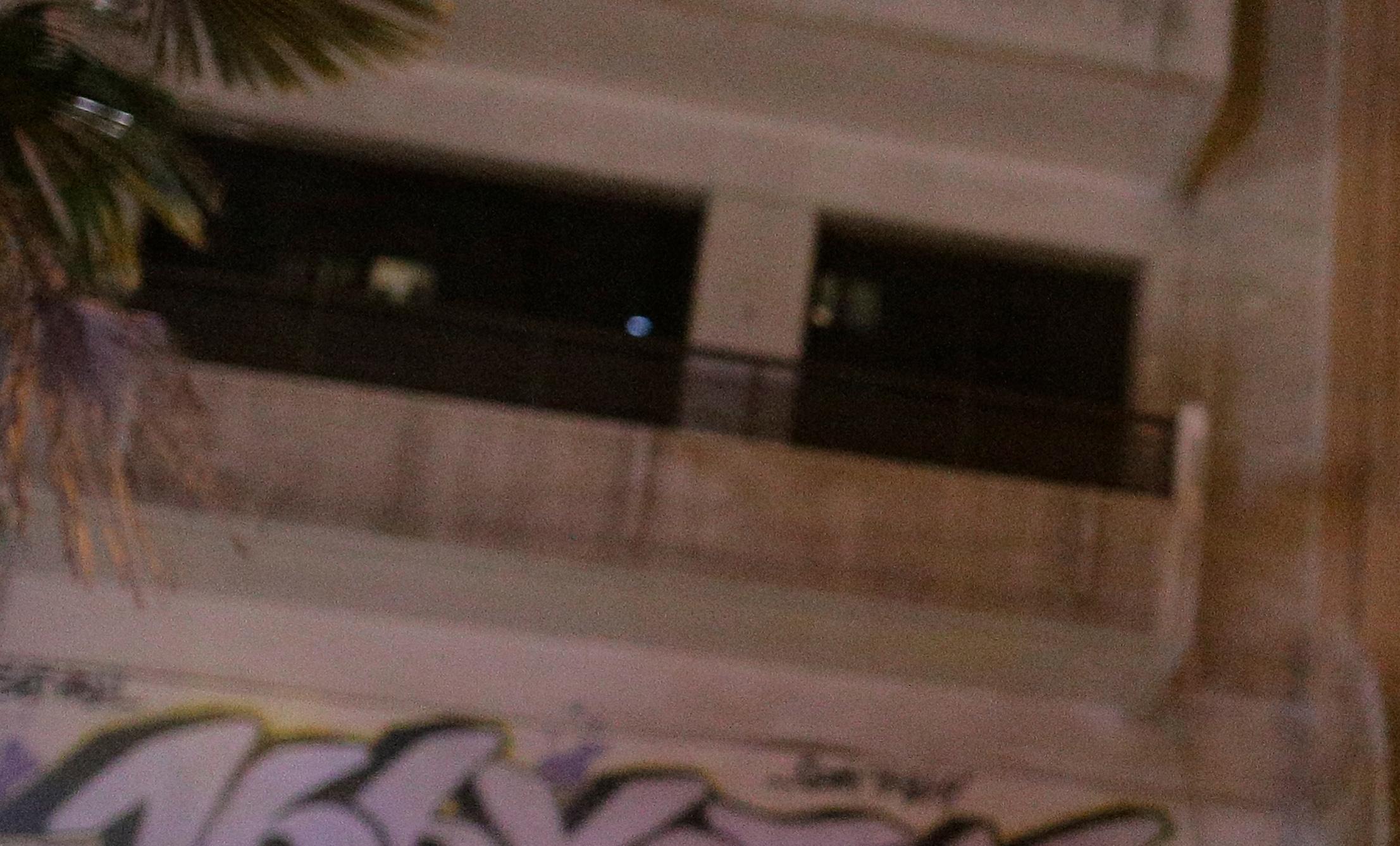 Θεσσαλονίκη: Τους έκλεβαν με πρόσχημα ένα πεσμένο ρούχο και τους έβγαζαν στο μπαλκόνι