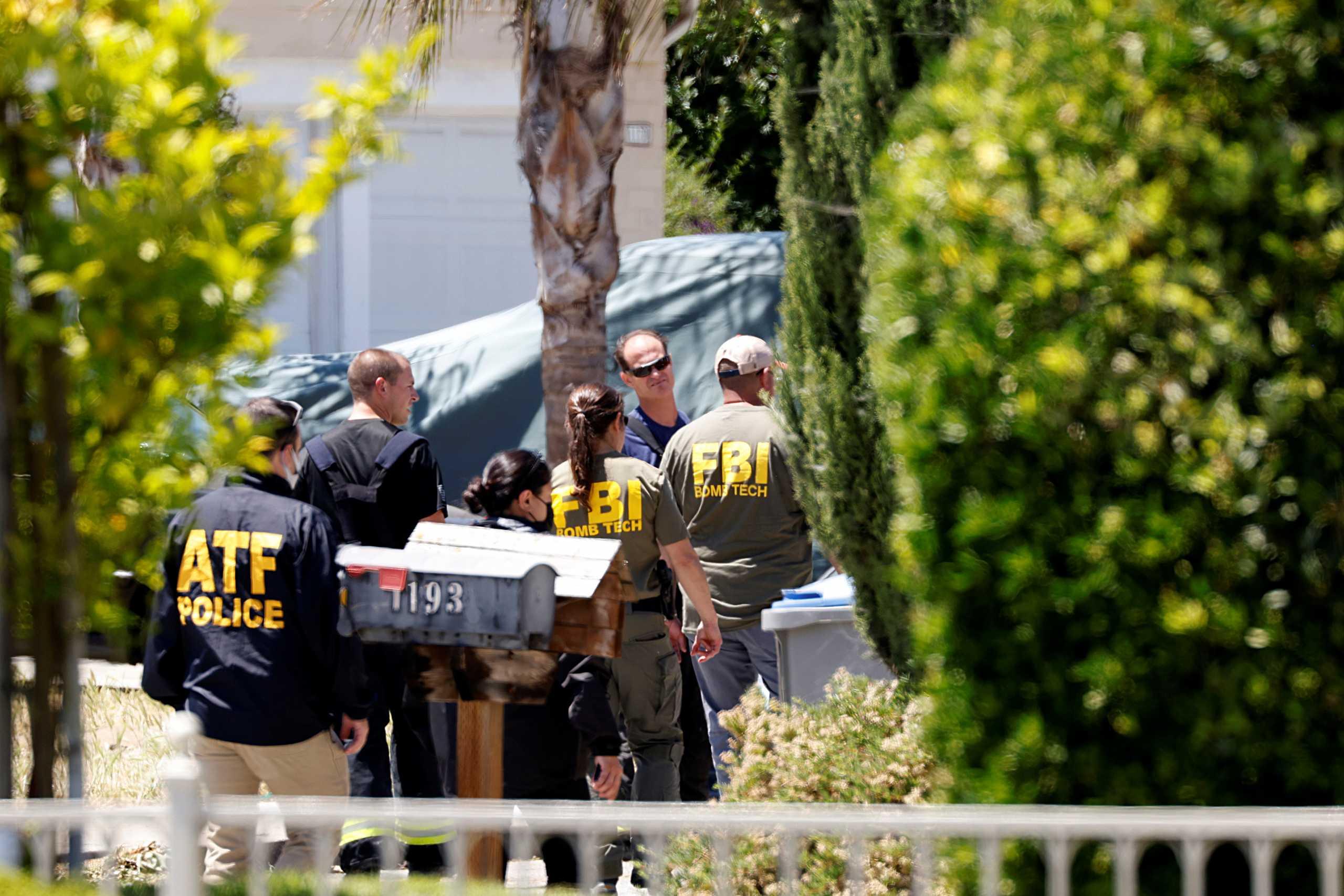 Καλιφόρνια: Αστυνομία και FBI αναζητούν το κίνητρο του δράστη που σκότωσε 9 συναδέλφους του (pics)