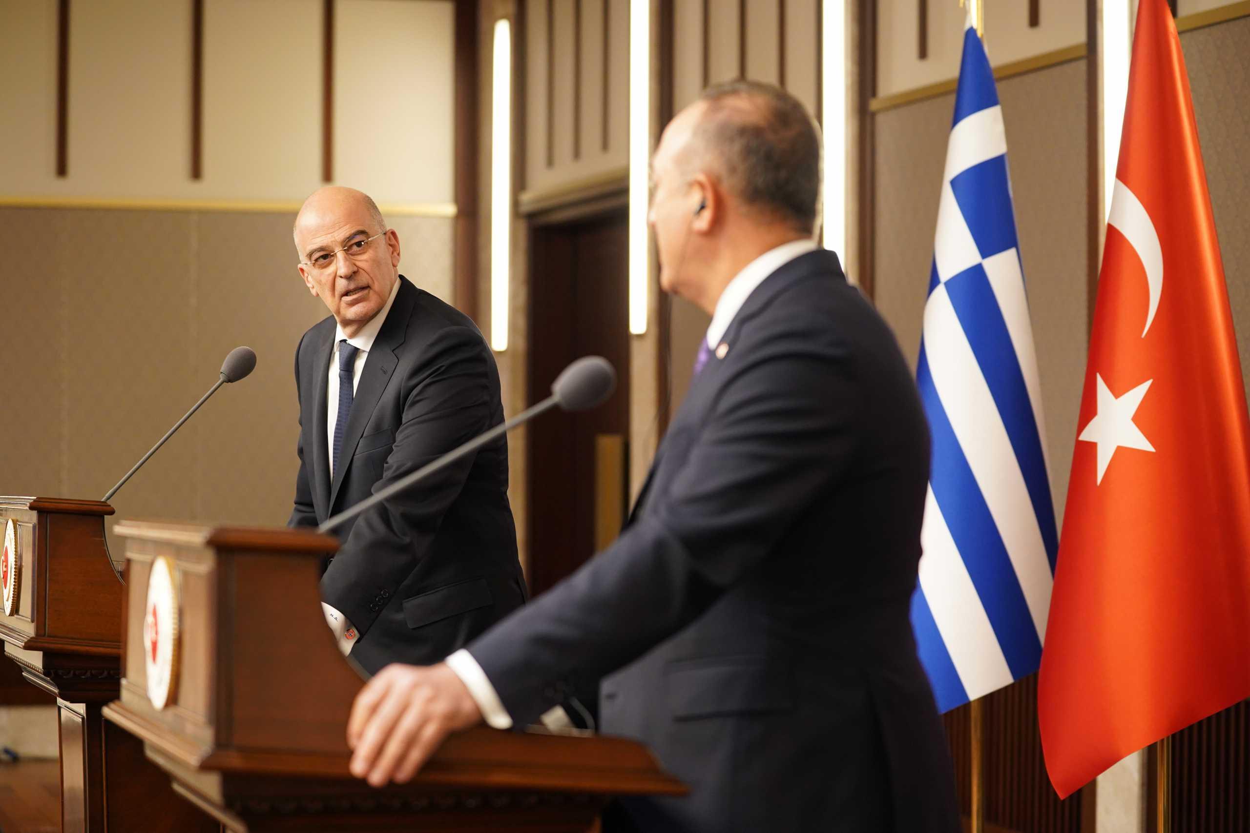 Τρεις ώρες τα έλεγαν στην Καβάλα οι υφυπουργοί εξωτερικών Ελλάδας και Τουρκίας ενόψει της επίσκεψης Τσαβούσογλου