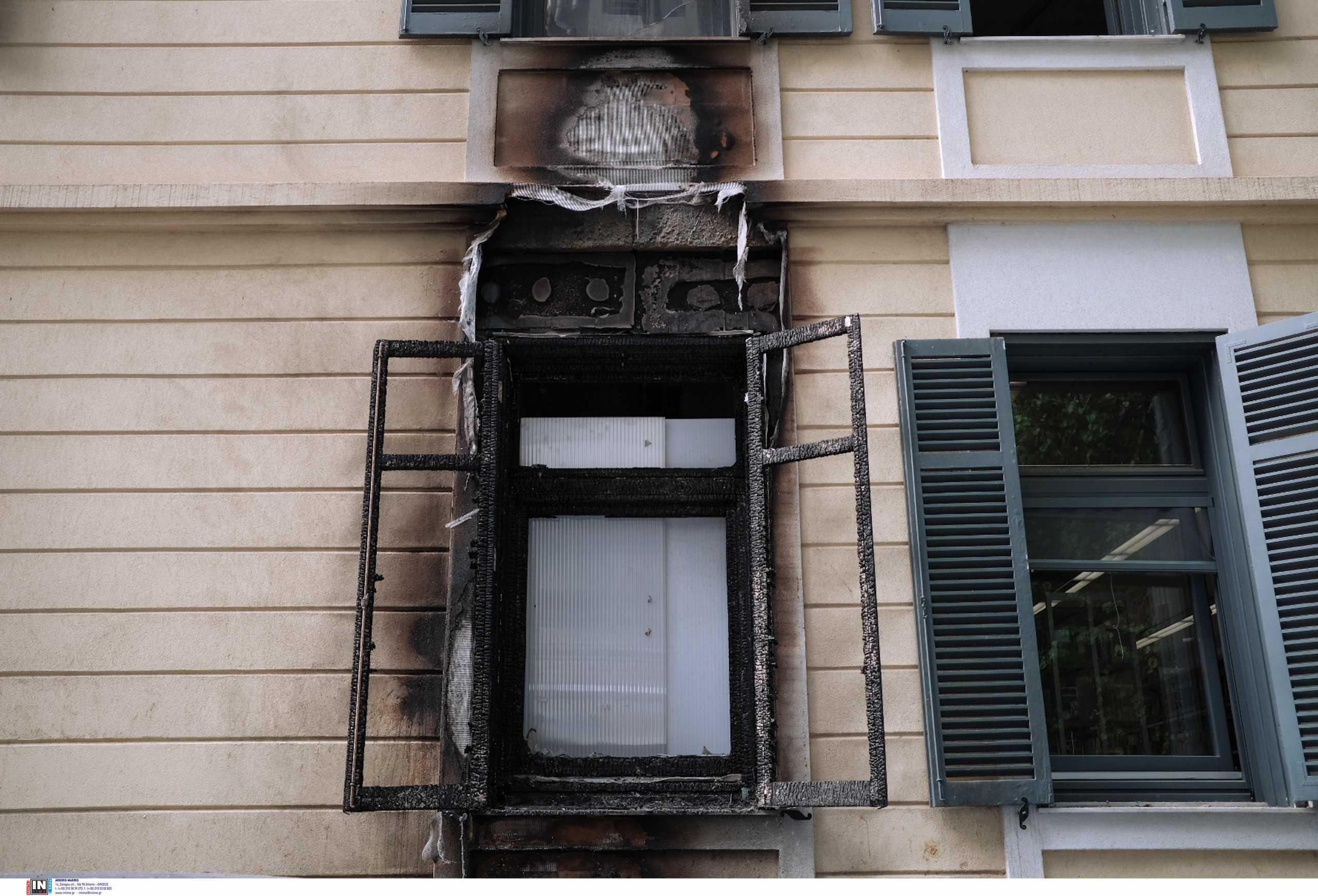 Θεσσαλονίκη: Επίθεση με γκαζάκια στο γερμανικό ινστιτούτο Γκαίτε (pics, vid)