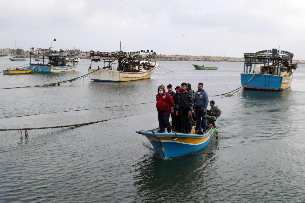 Τουρκικό πλοιάριο εμβόλισε ιταλικό στα ανοικτά της Συρίας – Σπεύδει ελικόπτερο στην περιοχή