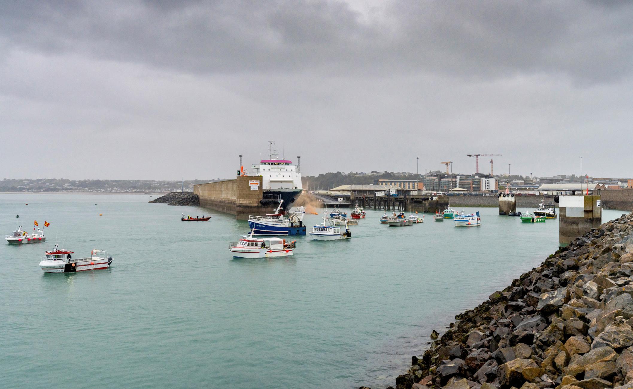 Νέα κόντρα Βρετανίας – Γαλλίας για την αλιεία: Αποχώρησαν γαλλικά αλιευτικά από το Τζέρσεϊ