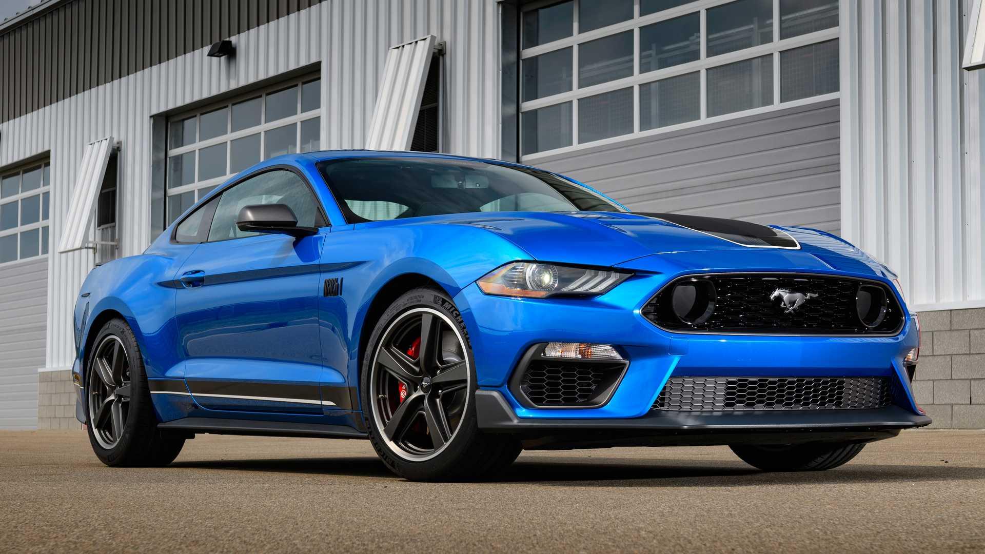 Ford: Πλήρωσε χρυσάφι ένα λάθος στο φυλλάδιο της Mustang! (pics)