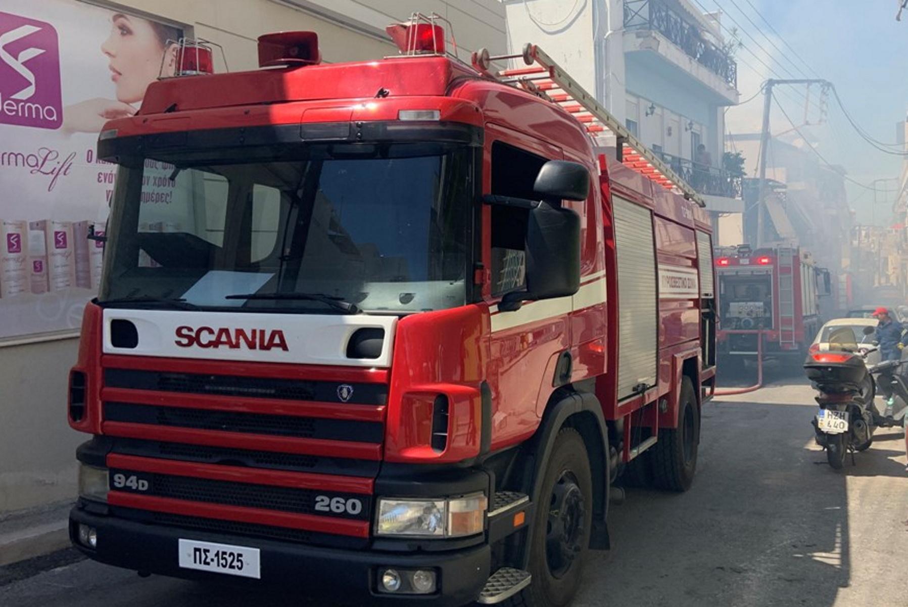 Κρήτη: Φωτιά σε πολυκατοικία – Σκηνές πανικού και ένας 78χρονος στο νοσοκομείο (pics)