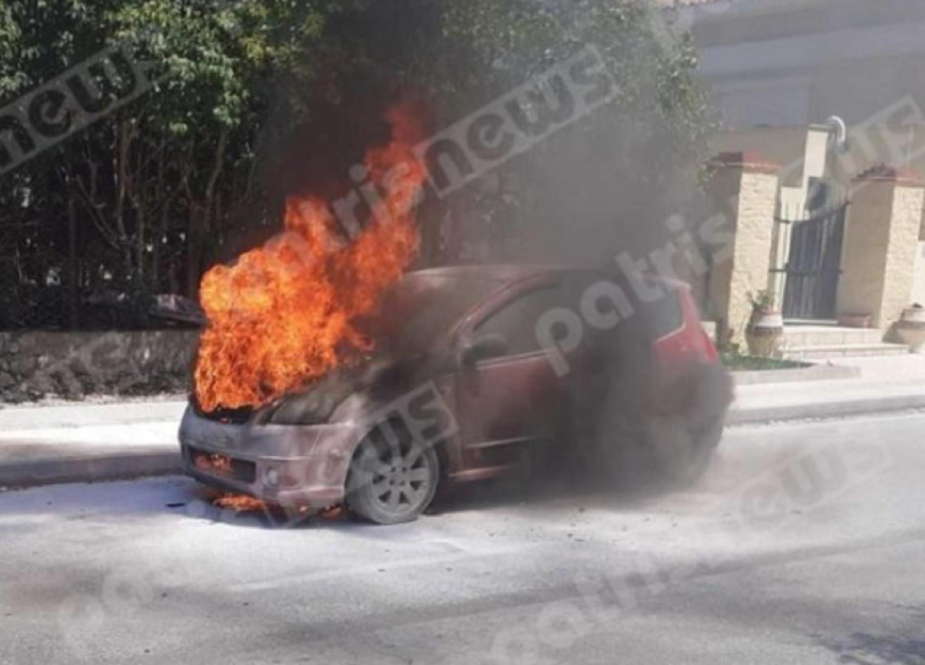 Πύργος: Λαχτάρα για οδηγό – Το αυτοκίνητο πήρε φωτιά εν κινήσει έξω από τον ΟΣΕ (pic)