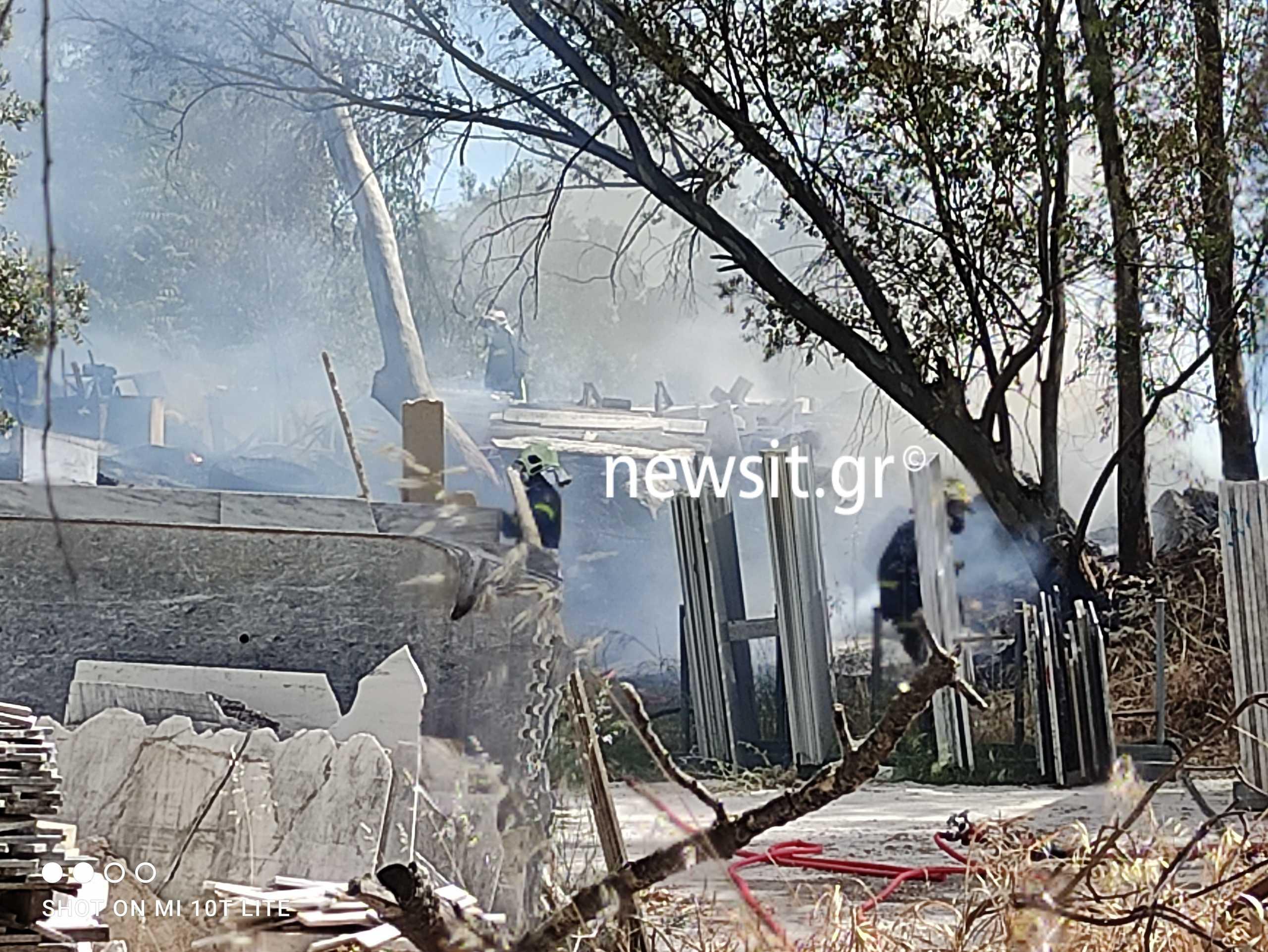 Φωτιά στο Μαρούσι (pics)
