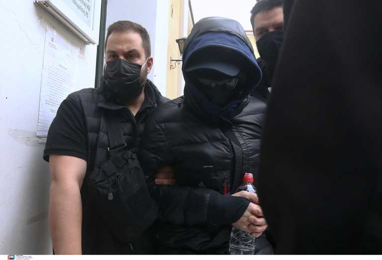 Μένιος Φουρθιώτης: Το πρώτο εγερτήριο στη φυλακή – Ζήτησε κρουασάν βουτύρου
