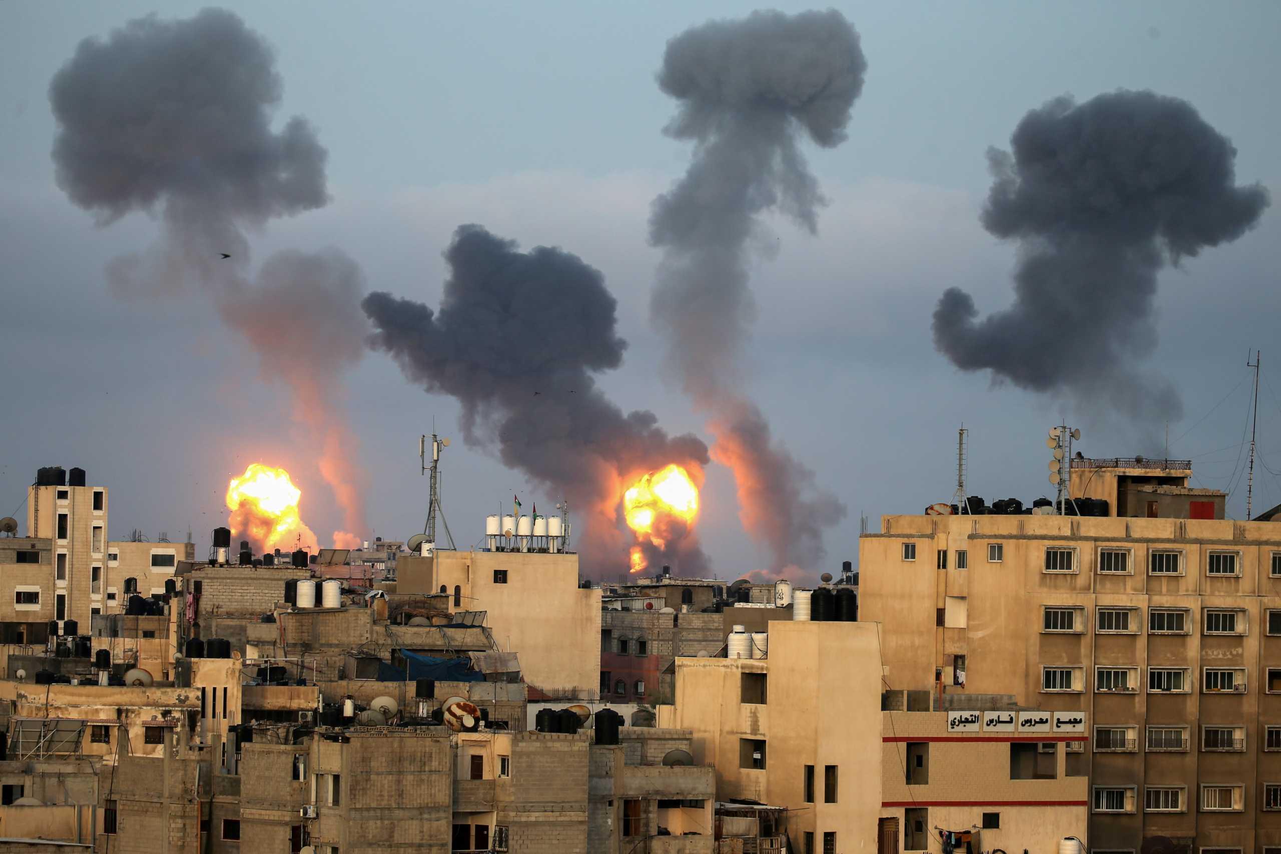Νύχτα κόλαση σε Γάζα και Ιερουσαλήμ – «Βροχή» ρουκετών, δεκάδες νεκροί
