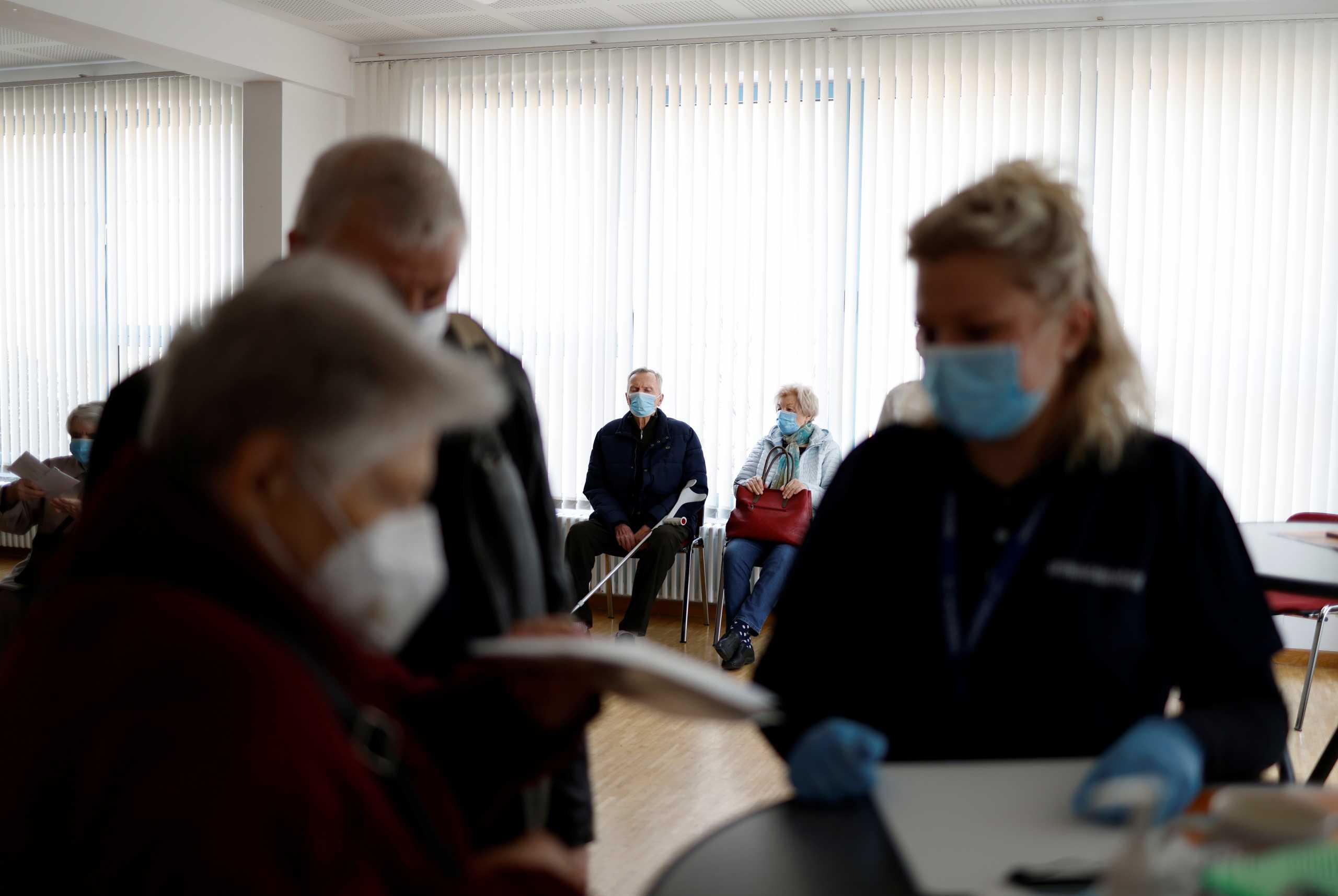Κορονοϊός – Γερμανία: Πάνω από 3.000 κρούσματα το τελευταίο 24ωρο