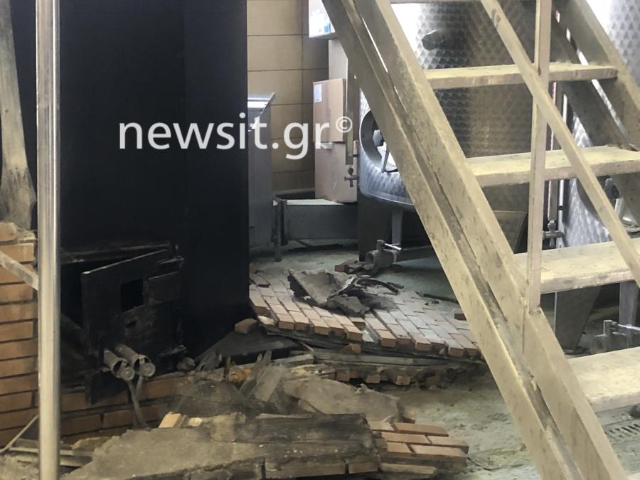 image00009 - Εικόνες από την έκρηξη στο αποστακτήριο του Τυρνάβου (φωτο-βίντεο)