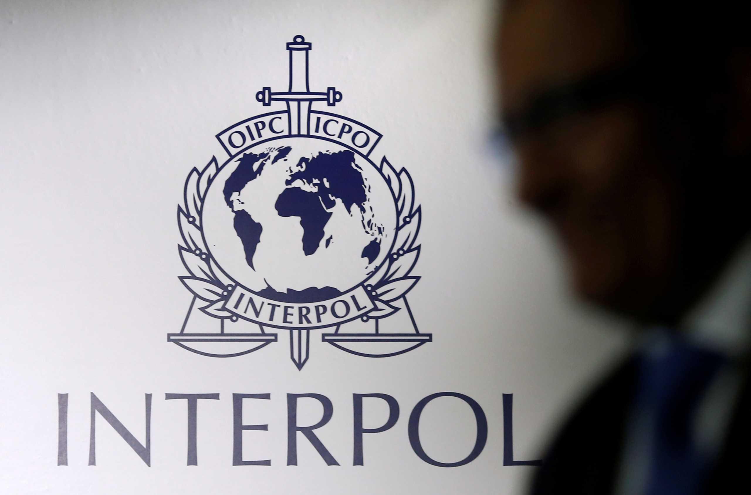 Η Ιντερπόλ έκανε 585 συλλήψεις για διαδικτυακές απάτες – «Πάγωσαν» 1.600 τραπεζικοί λογαριασμοί