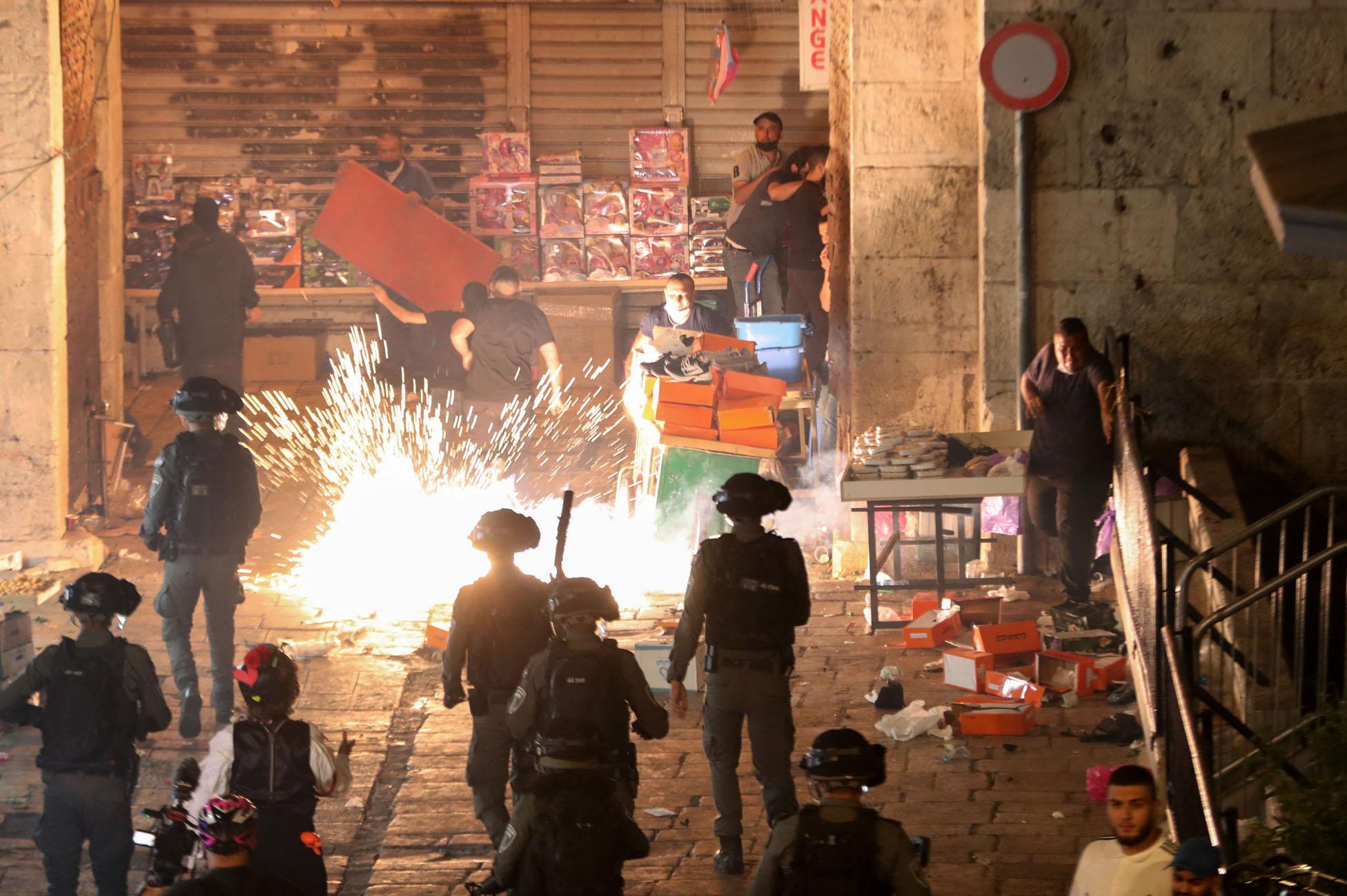 Ισραήλ: Πάνω από 90 τραυματίες σε συγκρούσεις στην Ιερουσαλήμ