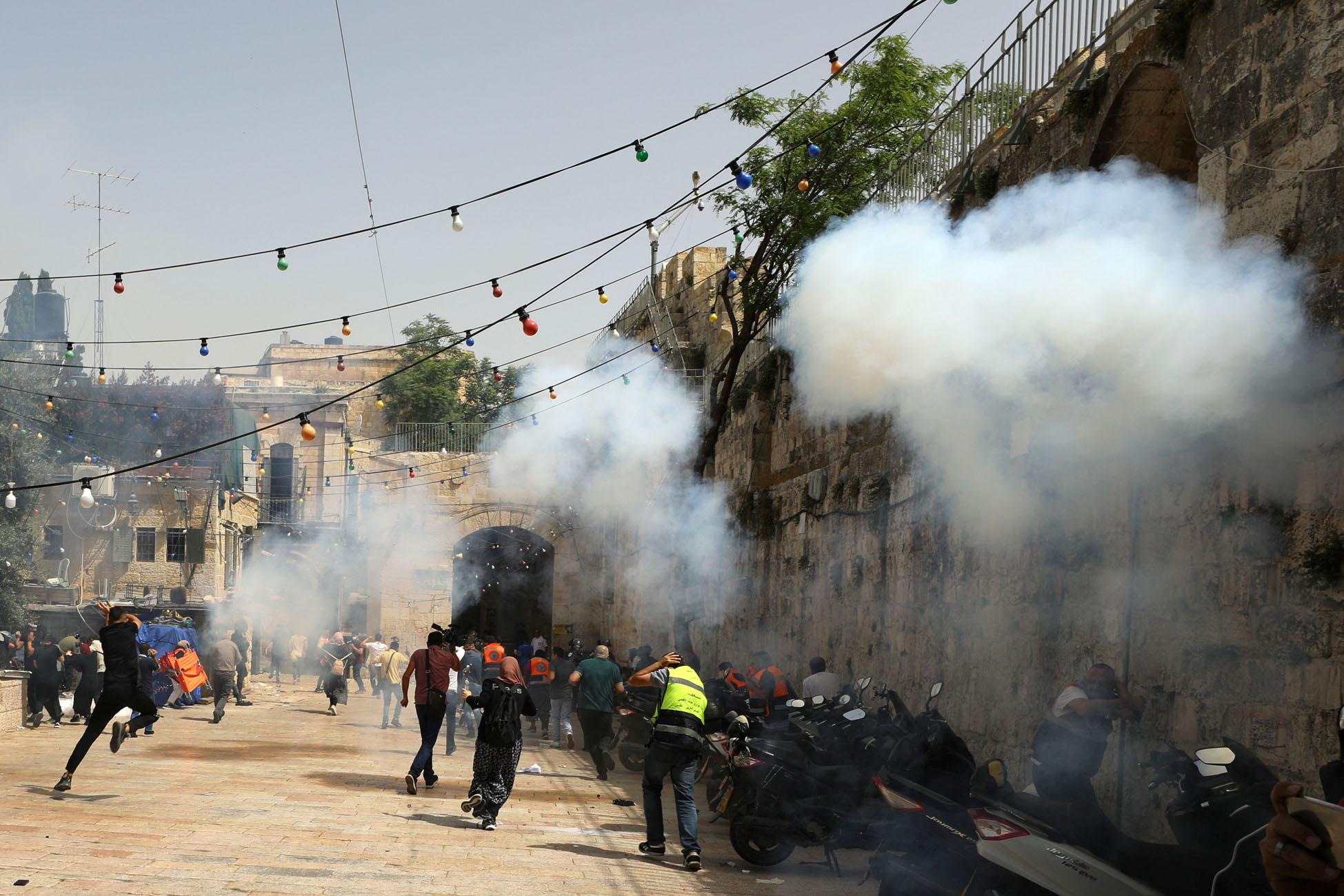 Ισραήλ: Εκτός ελέγχου η κατάσταση στην Ιερουσαλήμ – Πάνω από 300 τραυματίες