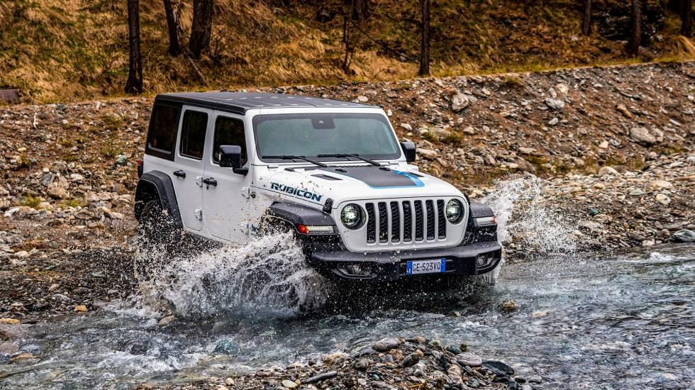 Jeep: Πόσο κοστίζει στη χώρα μας το υβριδικό Wrangler 4xe;