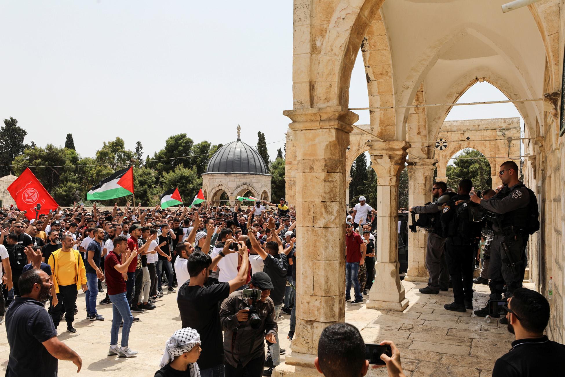 Ιερουσαλήμ: Νέες συγκρούσεις Παλαιστινίων και ισραηλινής αστυνομίας στην πλατεία των Τζαμιών