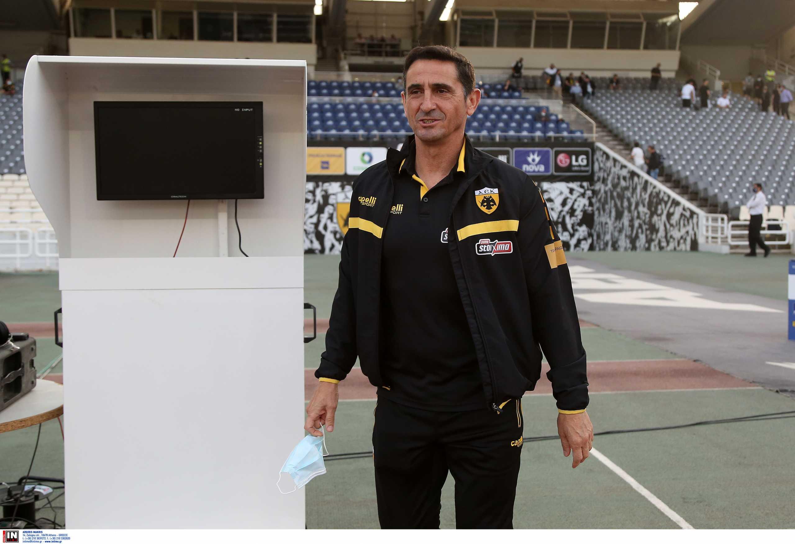ΑΕΚ: «Ο διαιτητής δεν άφησε να παιχτεί ποδόσφαιρο στο δεύτερο ημίχρονο» δήλωσε ο Χιμένεθ