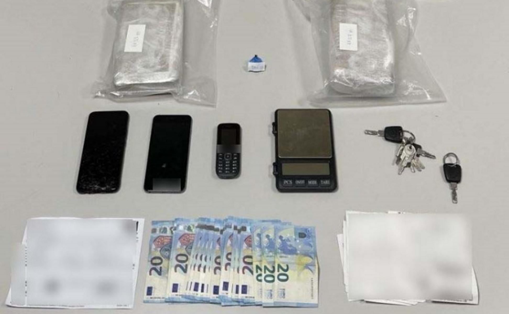 Θεσσαλονίκη: Χτύπημα σε διεθνές κύκλωμα ναρκωτικών – Έπιασαν 31χρονο με 5,5 κιλά κοκαΐνη (pic)