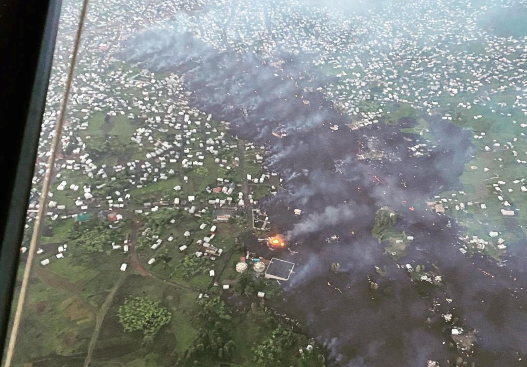 Κονγκό: Η λάβα του ηφαιστείου Νιραγκόρνο «λιώνει» την Γκόμα – Εικόνες που κόβουν την ανάσα