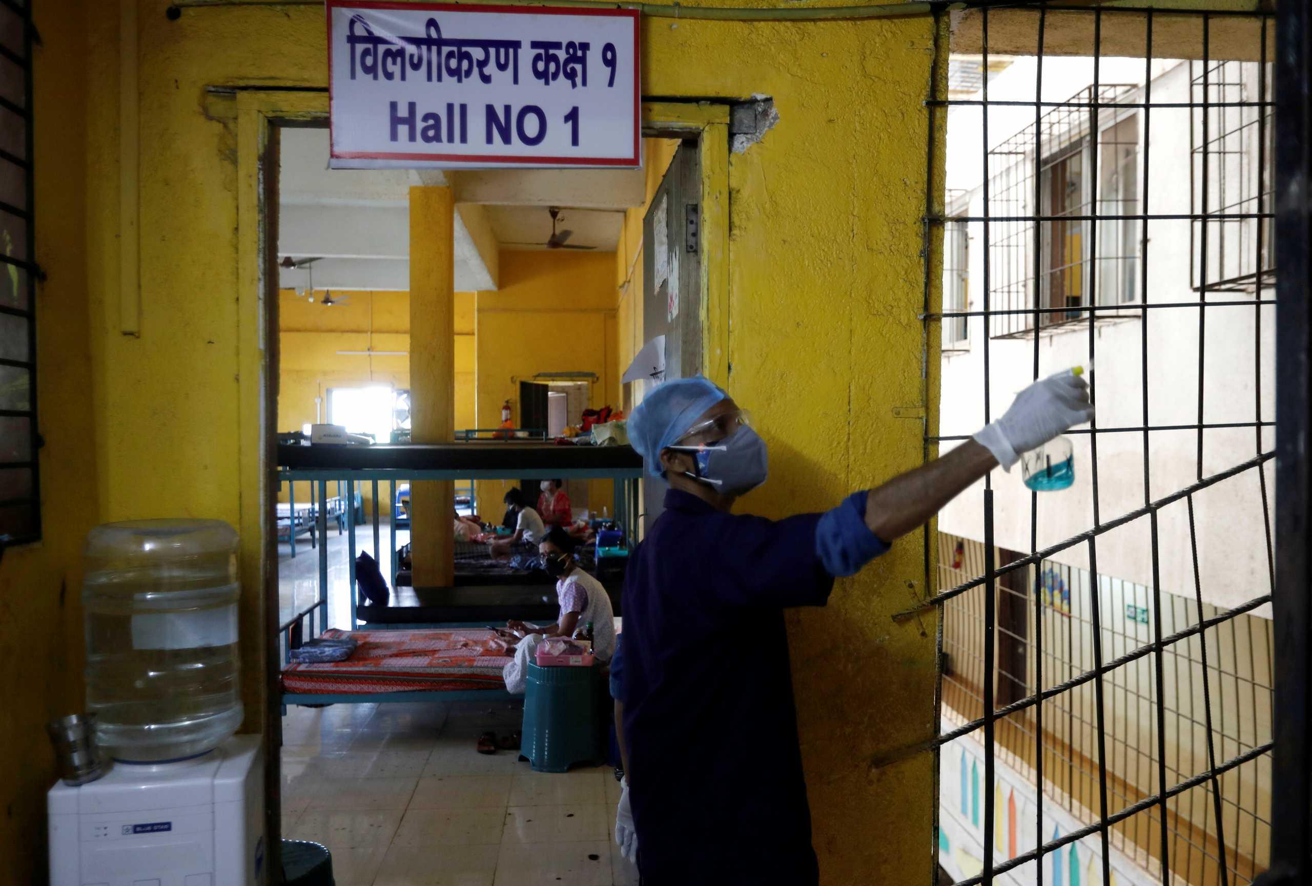 Ο κορονοϊός «ισοπεδώνει» την Ινδία: Πάνω από 27 εκατομμύρια τα κρούσματα