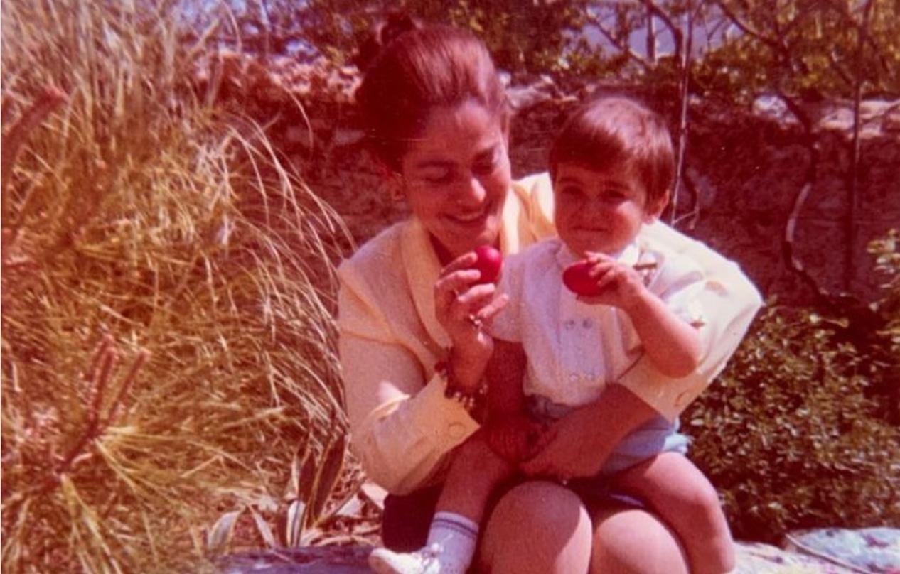 Κυριάκος Μητσοτάκης: Η φωτογραφία με τη μητέρα του εννέα χρόνια μετά το θάνατό της