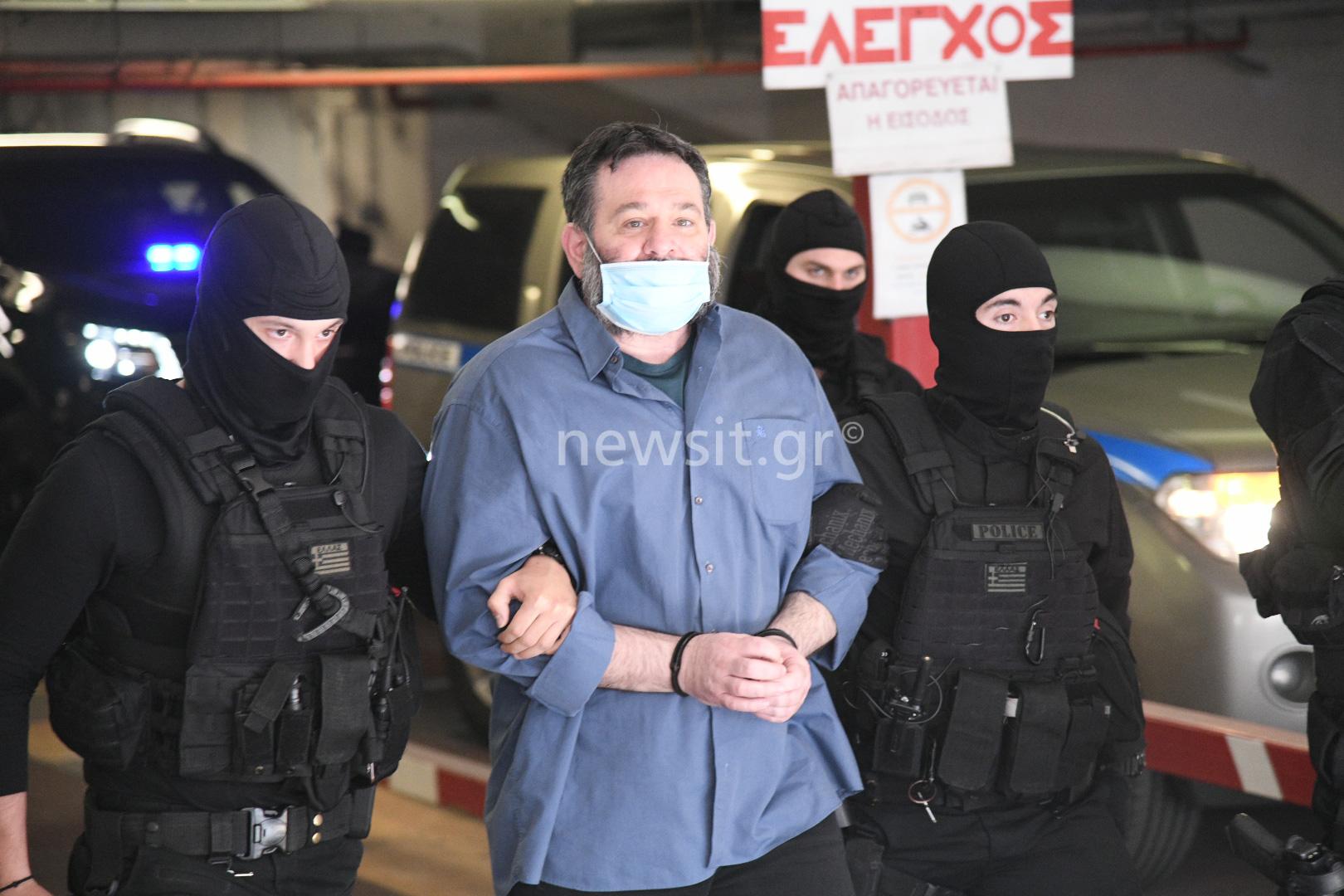 Στην Ελλάδα ο Γιάννης Λαγός – Από το αεροδρόμιο στο Εφετείο και μετά φυλακή