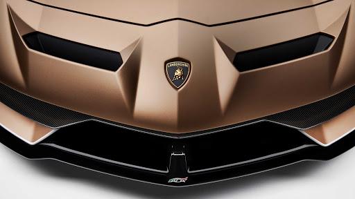 Η Lamborghini ετοιμάζει τα πρώτα εξηλεκτρισμένα μοντέλα της