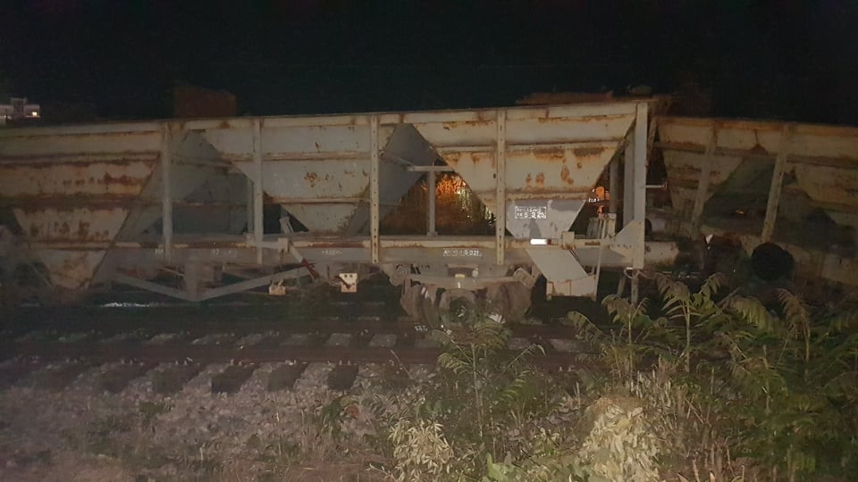 Σοκαριστικό ατύχημα στη Λάρισα: Βαγόνι βγήκε εκτός γραμμής[photos]