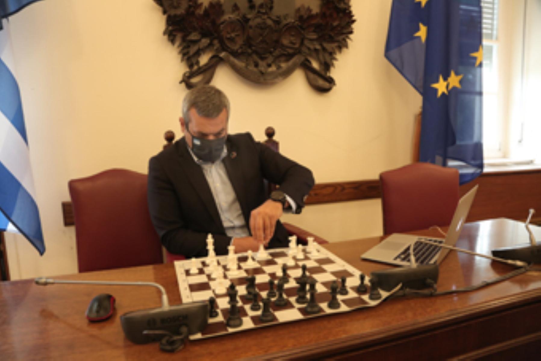 Βουλευτής του ΣΥΡΙΖΑ διακρίθηκε σε τουρνουά σκακιού
