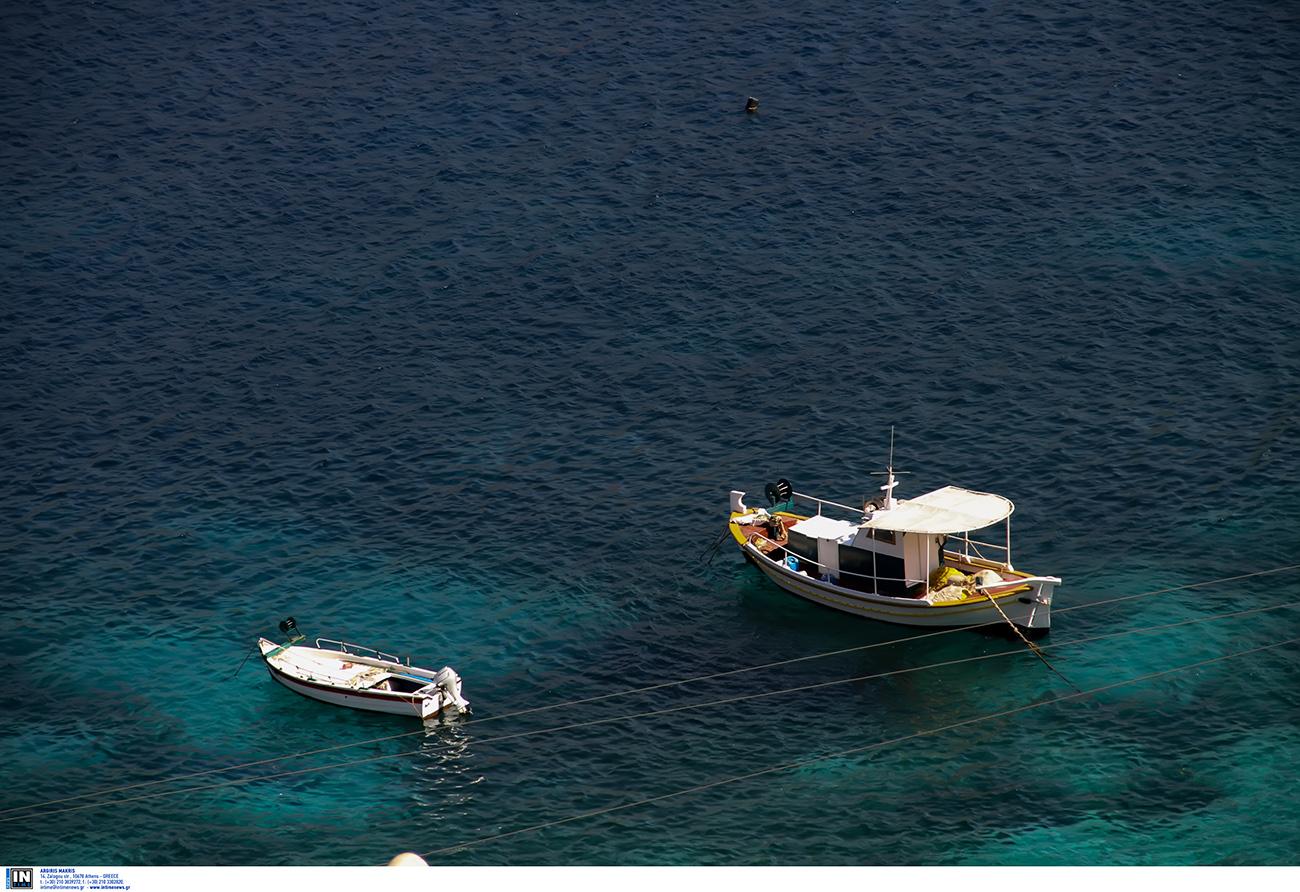 Το ελληνικό χωριό με τα σπίτια «πάνω στη θάλασσα»