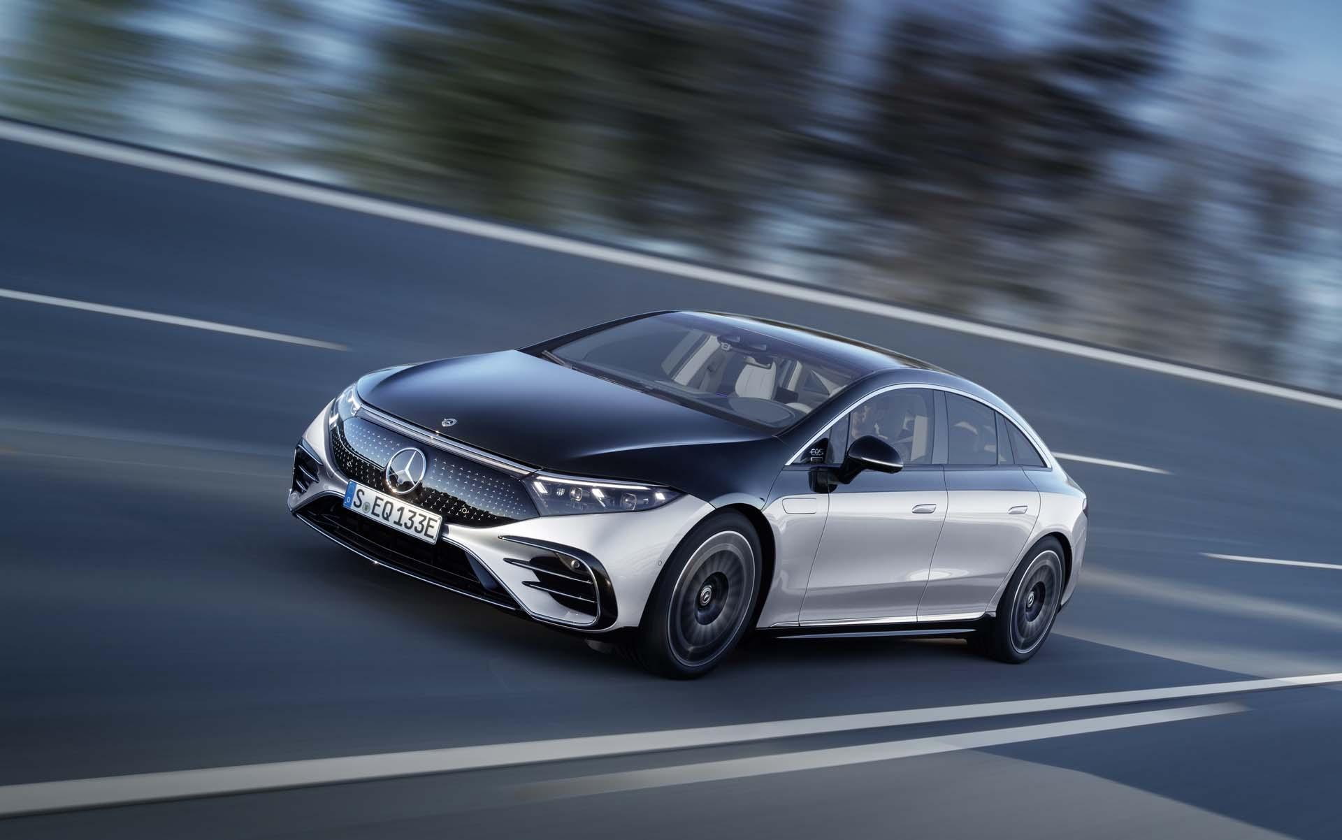 H Mercedes-Benz «θυσιάζει» την παραγωγή της E-Class για χάρη της νέας EQS