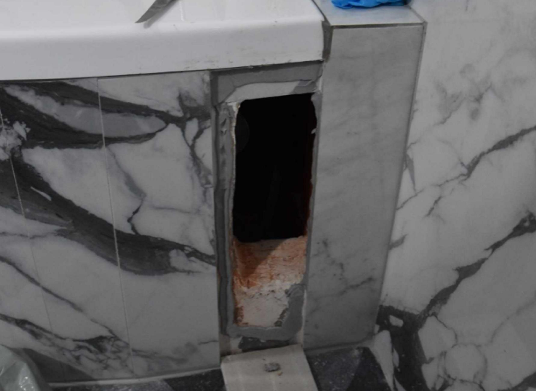 Κιλκίς: Η μπανιέρα είχε μια κρύπτη που δεν περίμενε κανείς – Απίθανες εικόνες μέσα στο σπίτι (pics, video)