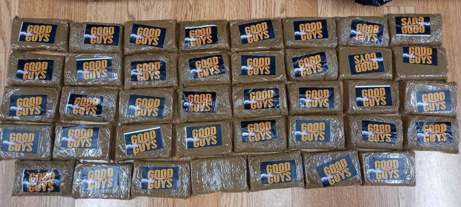 Πάτρα: Προσπάθησε να περάσει 58 κιλά ναρκωτικά μέσα σε… κούτες από πλακάκια! (pics)