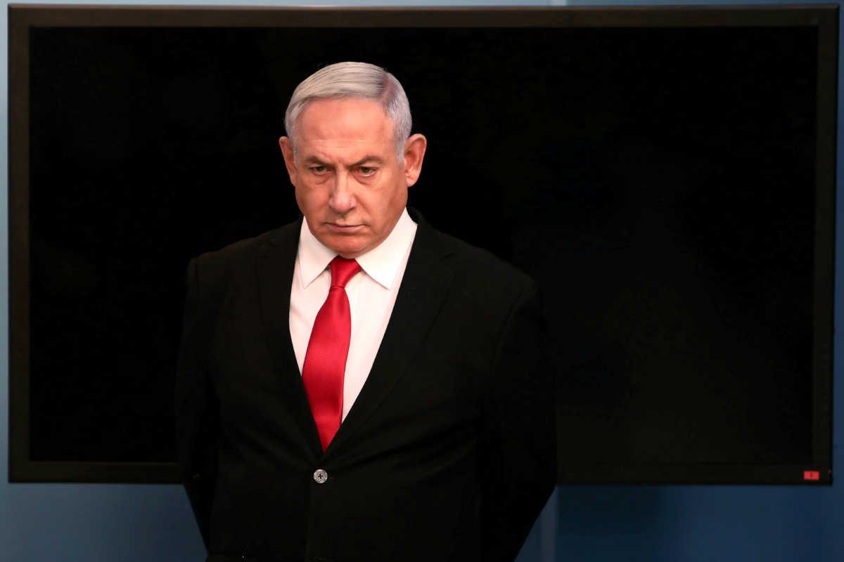 Ισραήλ: «Σανίδα σωτηρίας» για τον Νετανιάχου η παραμονή στην πολιτική σκηνή – Αβέβαιο το μέλλον του