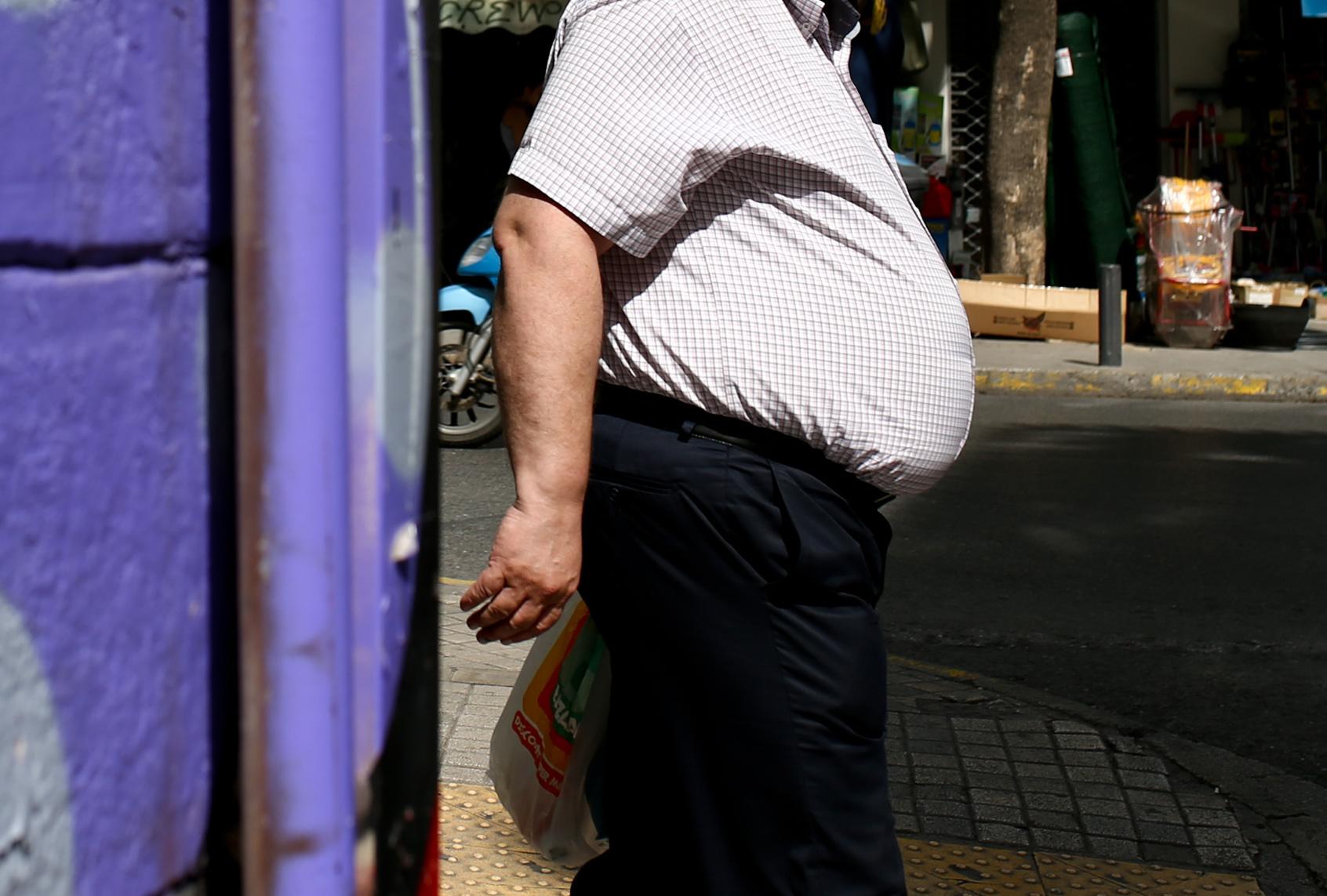 Κορονοϊός: Ο δείκτης μάζας σώματος δείχνει τον κίνδυνο για νόσηση ή θάνατο ειδικά στους νέους