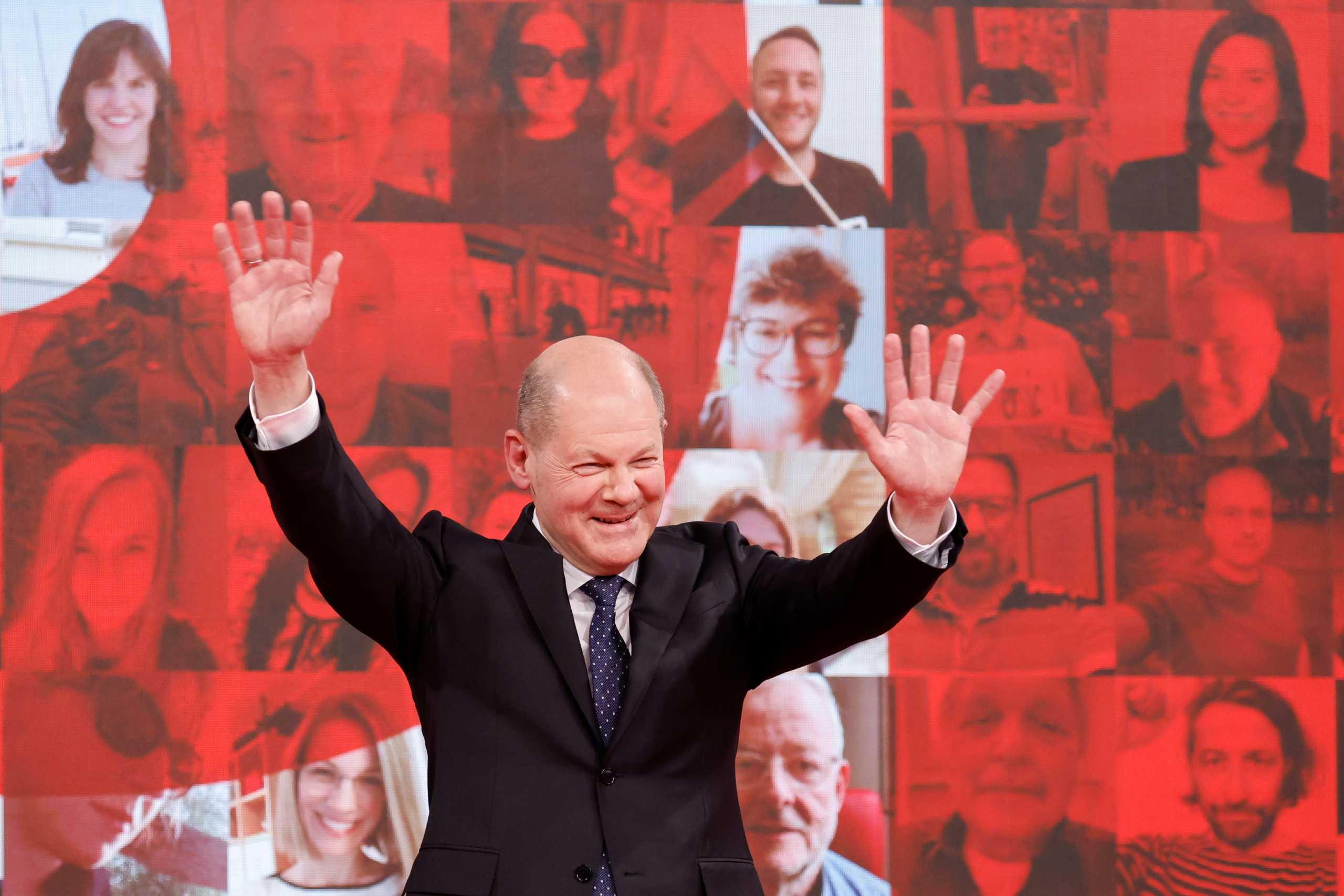 Γερμανικές εκλογές – SPD: Οι σοσιαλδημοκράτες του Όλαφ Σολτς προηγούνται στις δημοσκοπήσεις