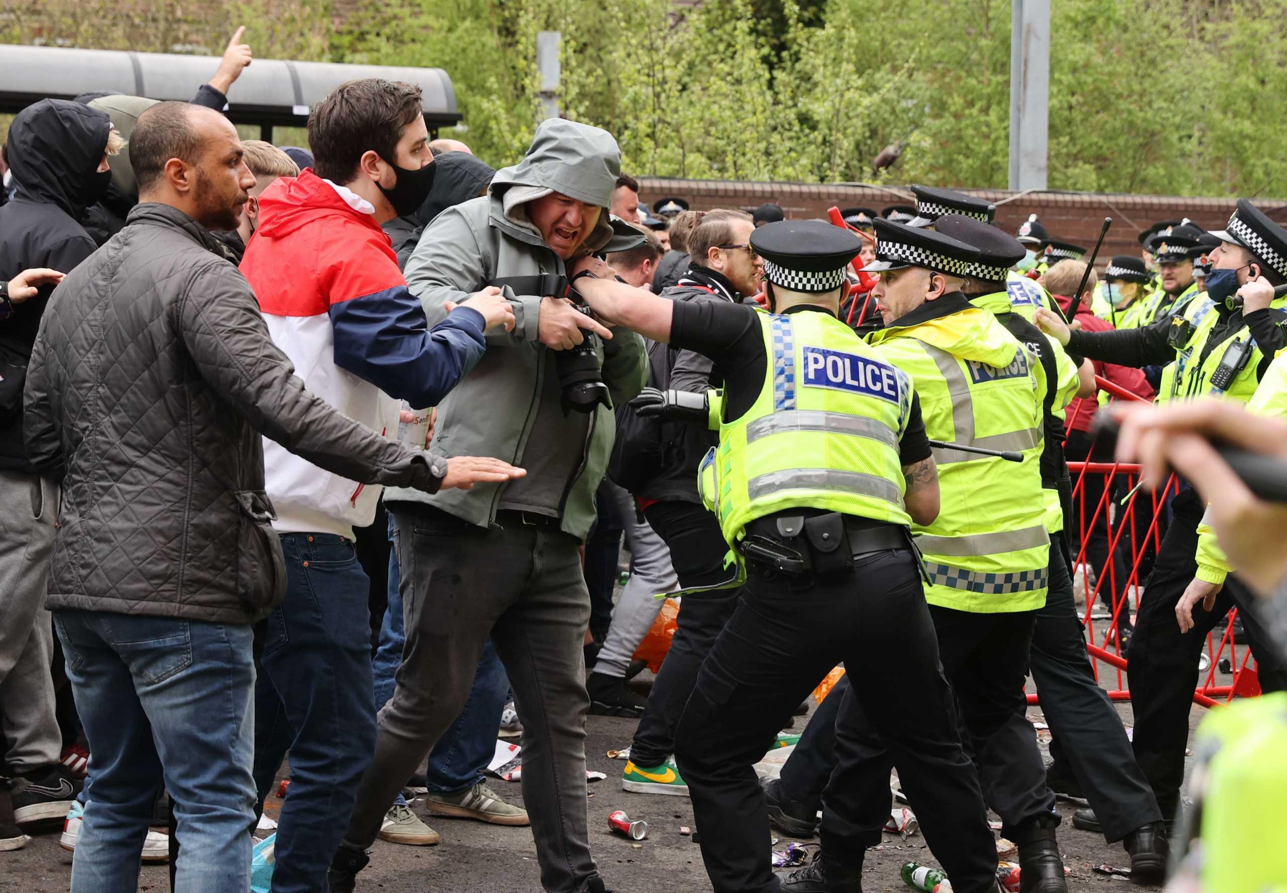 Μάντσεστερ Γιουνάιτεντ – Λίβερπουλ: Οριστική αναβολή στο ντέρμπι της Premier League