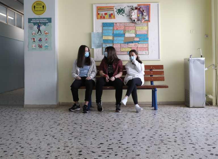 Πόσο εύκολα και γρήγορα θα έρθει ο εμβολιασμός στα παιδιά 12 ως 15 ετών; Οι ειδικοί απαντούν στο newsit.gr