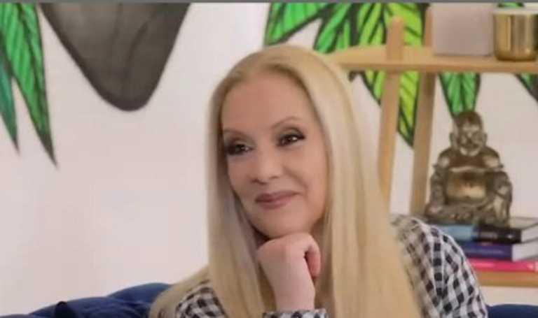 """Έλντα Πανοπούλου: """"Καβάλησα το καλάμι με το Ρετιρέ, με προσγείωσε απότομα ο Κώστας Βουτσάς"""""""