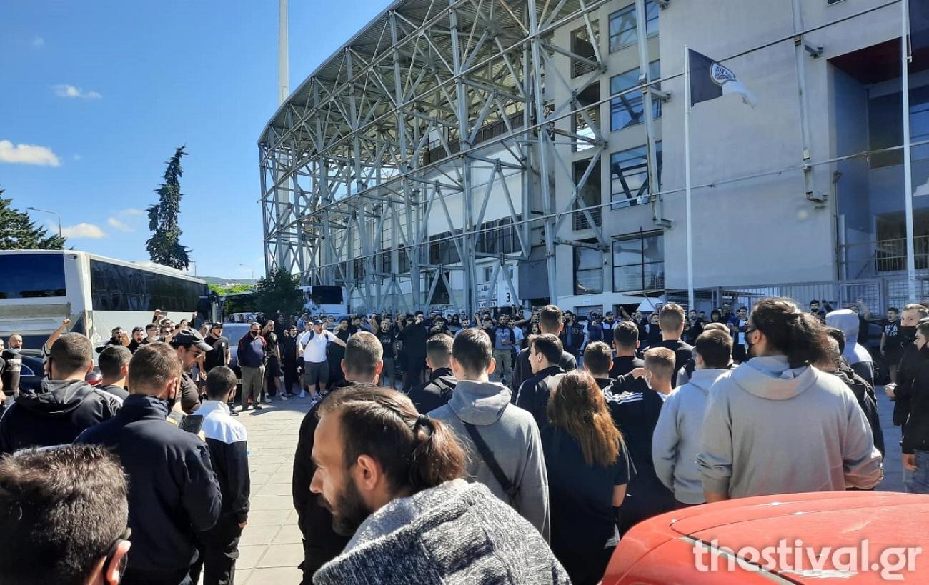 Ολυμπιακός – ΠΑΟΚ: Χαμός στην Τούμπα ενόψει του τελικού του Κυπέλλου