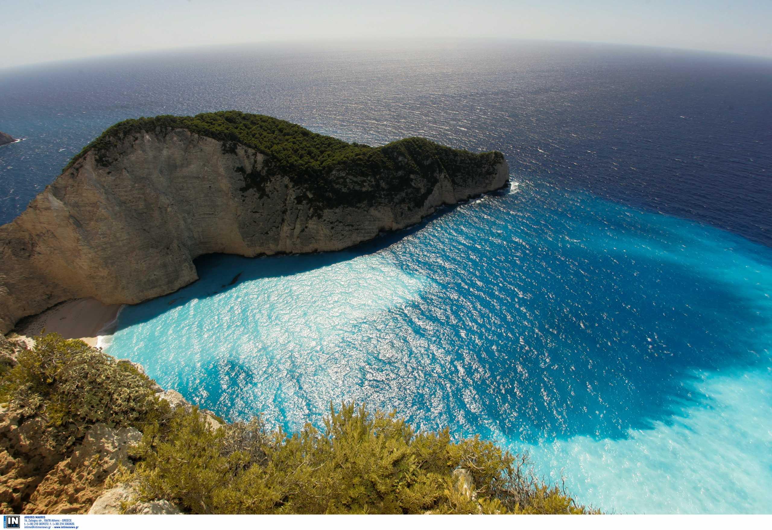 Μυζήθρες: Η ελληνική παραλία με το παράξενο όνομα και γιατί τη λένε έτσι