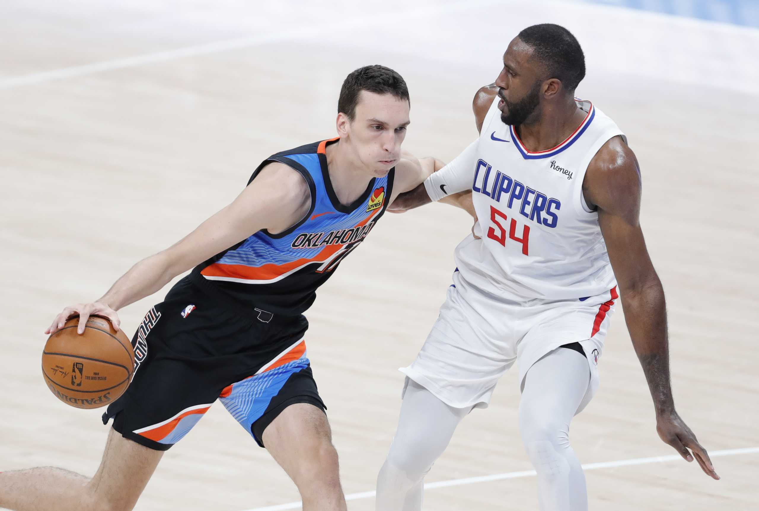 NBA: Τρομερός Ποκουσέφσκι, έκλεισε με ρεκόρ καριέρας τη σεζόν