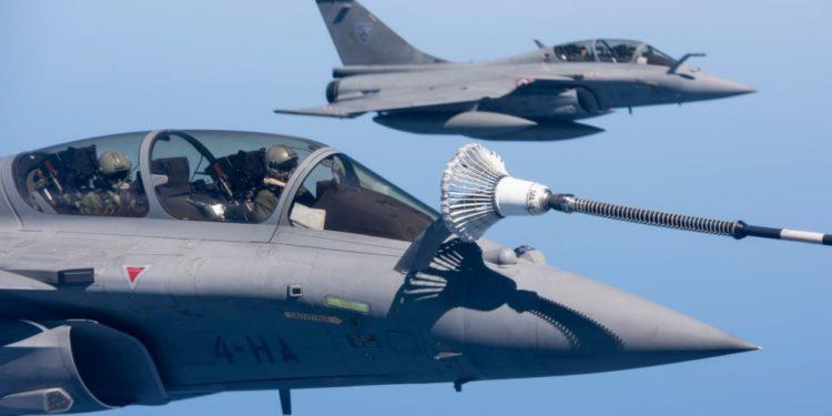 Η Αίγυπτος δεν παίρνει μόνο Rafale – Τι αγορές «κρύβει» η συμφωνία με τη Γαλλία