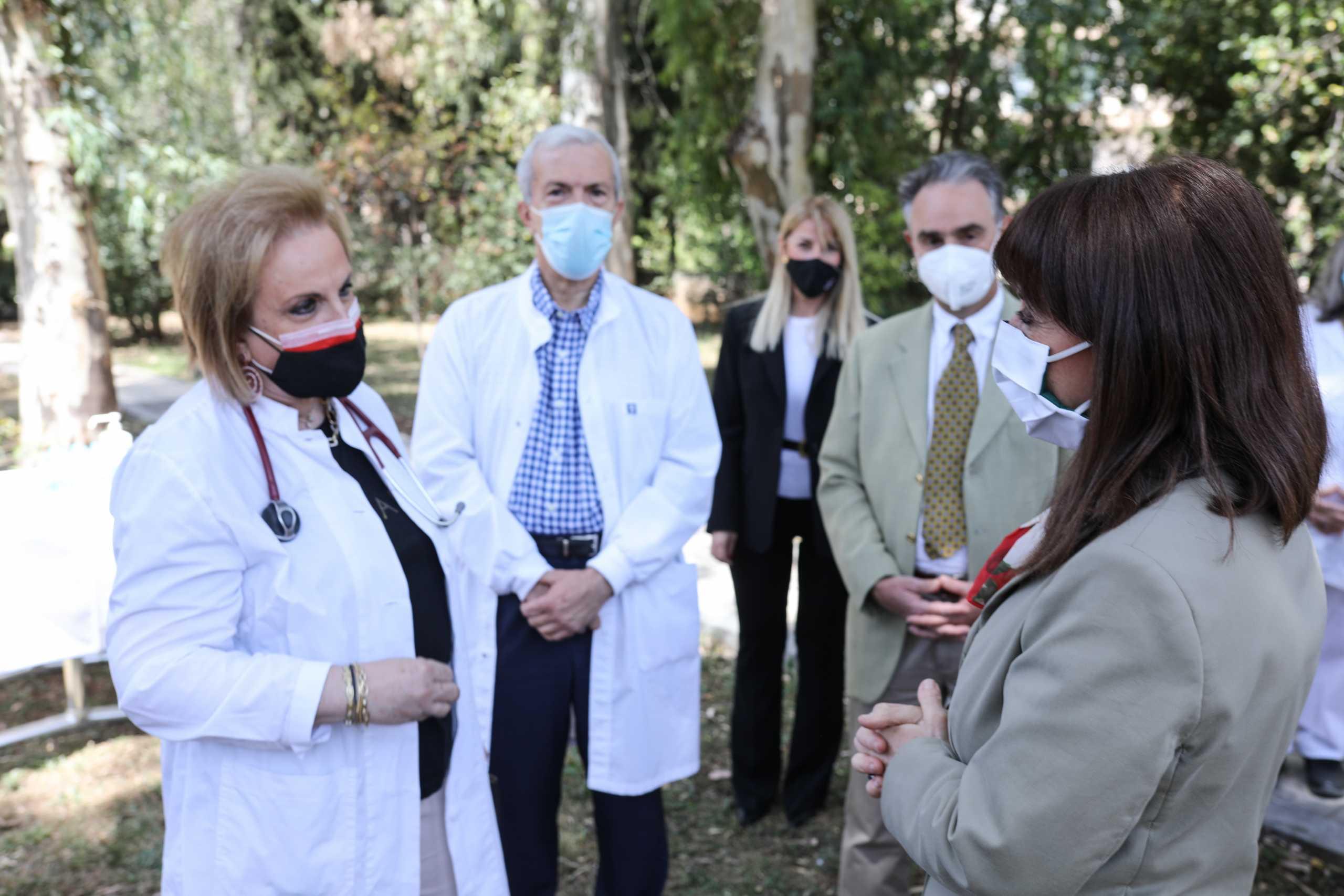 Σακελλαροπούλου: «Ημέρα των νοσηλευτών είναι κάθε μέρα, κάθε ώρα, κάθε λεπτό του 24ωρου»