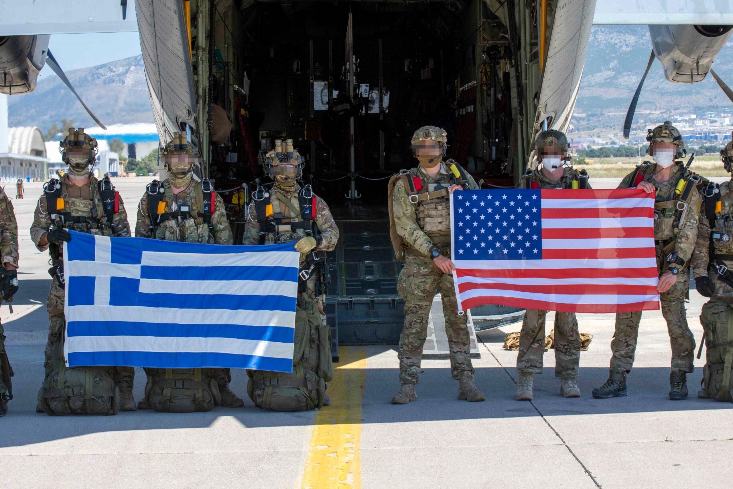 Stolen Cerberus: Επίδειξη ισχύος από Έλληνες και Αμερικανούς κομάντο – Δείτε εντυπωσιακά πλάνα [pics,vids]